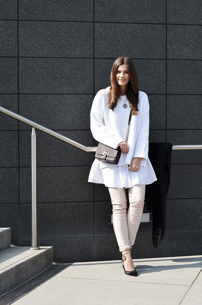 Fashionbloggermünchen-fashionblogger-blogger-fashionblog-münchen-munich-fashion-outfit-mode-style-streetstyle-bloggerstreetstyle-fashiioncarpet-fashiioncarpet-look-ootd-fashionblogdeutschland-deutscherfashionblogger-fashionbloggergermany-germanblogger-fashionbloggerdeutschland-deutschland-fashionblogger-layering- Deutschland-fashionbloggerdeutschland-Fashionbloggermünchen-fashionblogger-blogger-fashionblog-münchen-munich-fashion-outfit-mode-style-streetstyle-bloggerstreetstyle-fashiioncarpet-fashiioncarpet-look-ootd-fashionblogdeutschland-deutscherfashionblogger-fashionbloggergermany-germanblogger-sophiehulme-sophie-hulme-layering-sophiehulmeflapbag-flapbag-crossbodybag-streetstylelayering-meshheels-buffalo-forzieri