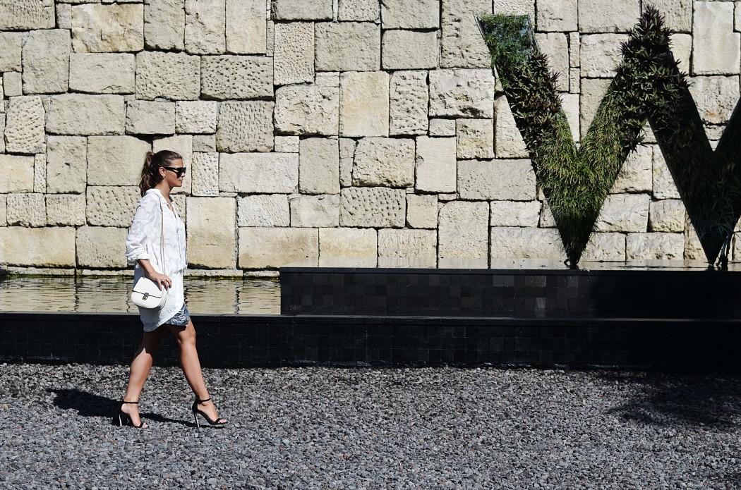 Fashionbloggermünchen-fashionblogger-blogger-fashionblog-münchen-munich-fashion-outfit-mode-style-streetstyle-bloggerstreetstyle-fashiioncarpet-fashiioncarpet-look-ootd-fashionblogdeutschland-deutscherfashionblogger-fashionbloggergermany-germanblogger-fashionbloggerdeutschland-deutschland-fashionblogger-layering- Deutschland-fashionbloggerdeutschland-Fashionbloggermünchen-fashionblogger-blogger-fashionblog-münchen-munich-fashion-outfit-mode-style-streetstyle-bloggerstreetstyle-fashiioncarpet-fashiioncarpet-look-ootd-fashionblogdeutschland-deutscherfashionblogger-fashionbloggergermany-germanblogger-w-hotel-bali-chloé-drew-bag-forever21-metallic-skirt-beach-tunika-asos-hm-lespecs-metallic-rock-kombinieren-w-hotel-seminyak-double-pearl-earrings-ohrringe-mit-doppelter-perle
