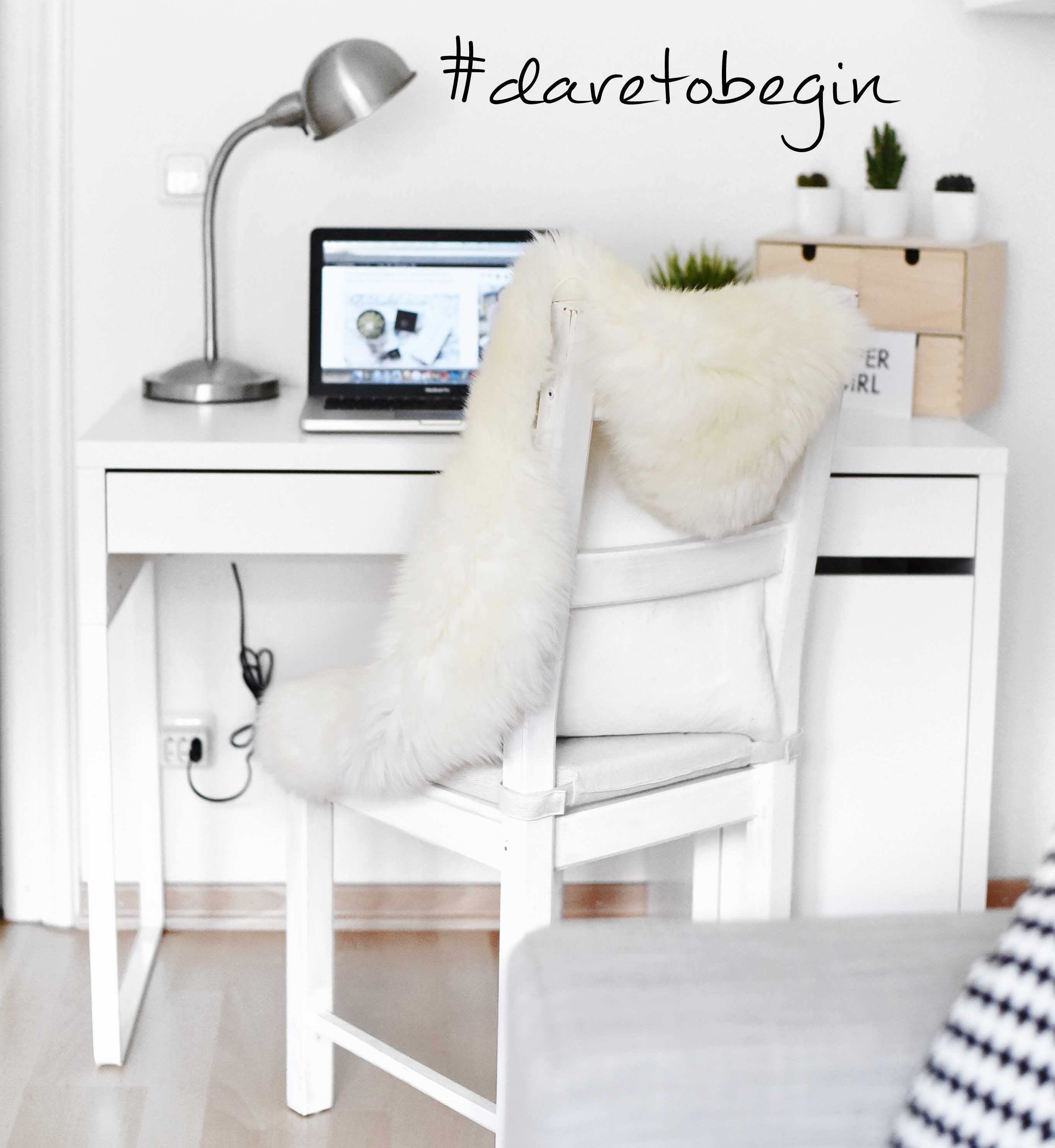 Fashionbloggermünchen-fashionblogger-blogger-fashionblog-münchen-munich-fashion-outfit-mode-style-streetstyle-bloggerstreetstyle-fashiioncarpet-fashiioncarpet-look-ootd-fashionblogdeutschland-deutscherfashionblogger-fashionbloggergermany-germanblogger-fashionbloggerdeutschland-deutschland-fashionblogger-layering- Deutschland-fashionbloggerdeutschland-Fashionbloggermünchen-fashionblogger-blogger-fashionblog-münchen-munich-fashion-outfit-mode-style-streetstyle-bloggerstreetstyle-fashiioncarpet-fashiioncarpet-look-ootd-fashionblogdeutschland-deutscherfashionblogger-fashionbloggergermany-germanblogger-fashionbloggermany-modeblogmünchen-modebloggermany-fashionbloggerdeutschland-fashionblogger-deutschland-fashionblog-deutschland-fashionblogdeutschland-volzeit.blogge-hauptberuflich-bloggen-fulltime-blogger-arbeitsplatz-weiß