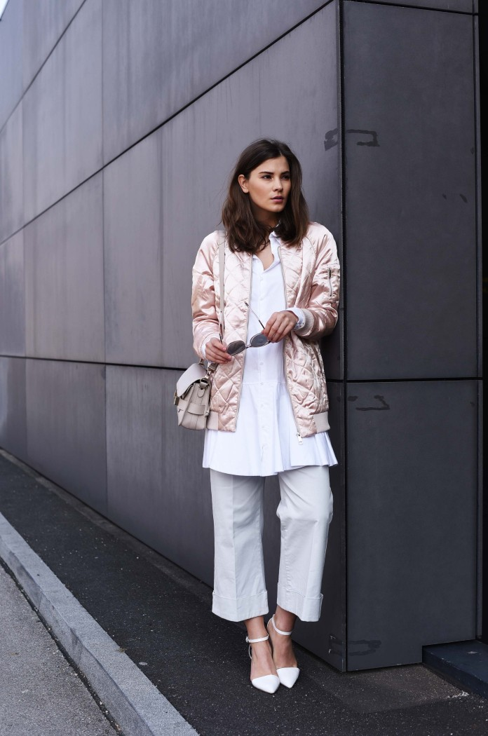 fashiioncarpet-rose-bomber-jacket