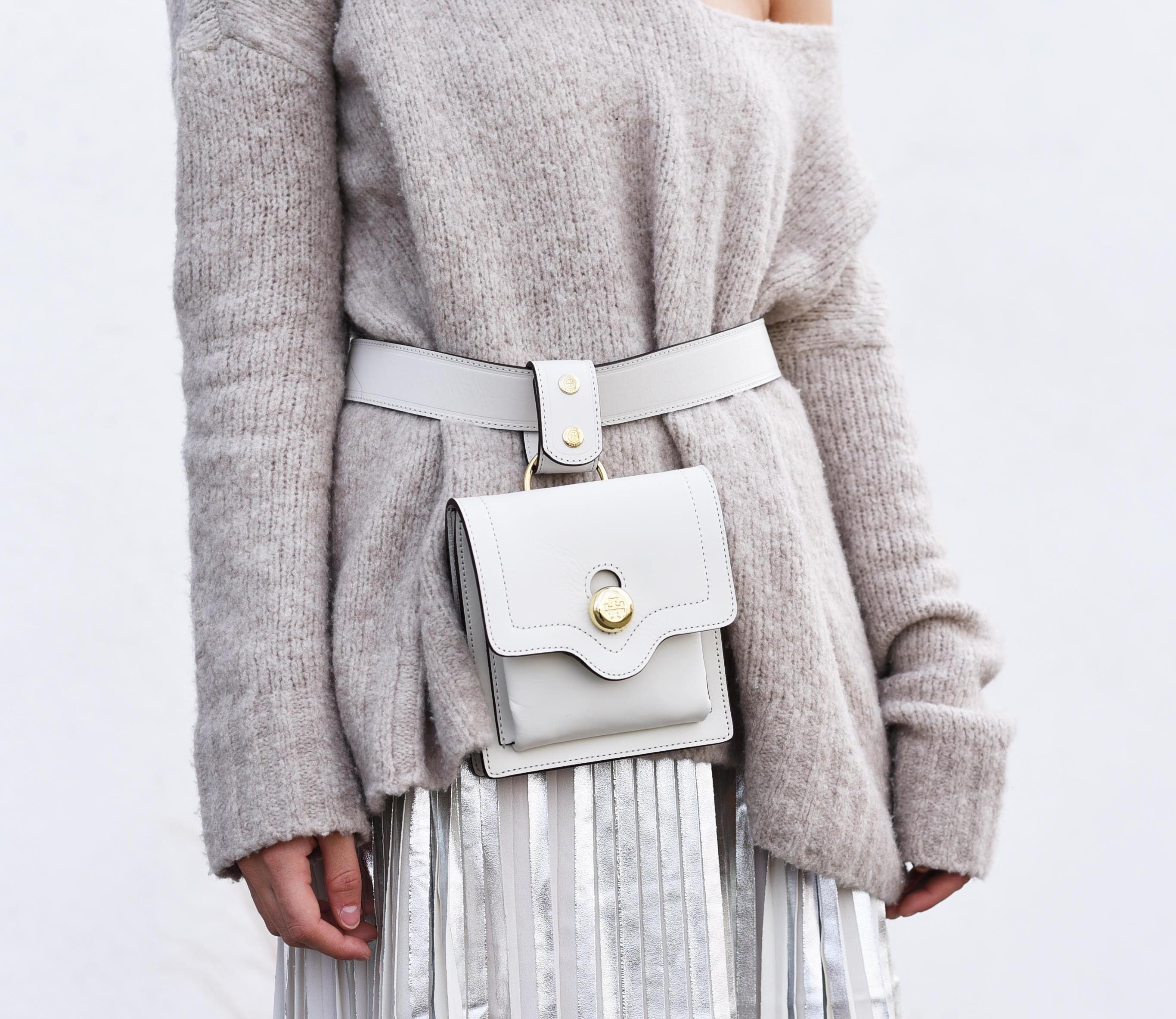fashiioncarpet-belt-bag-tory-burch-white.jpg