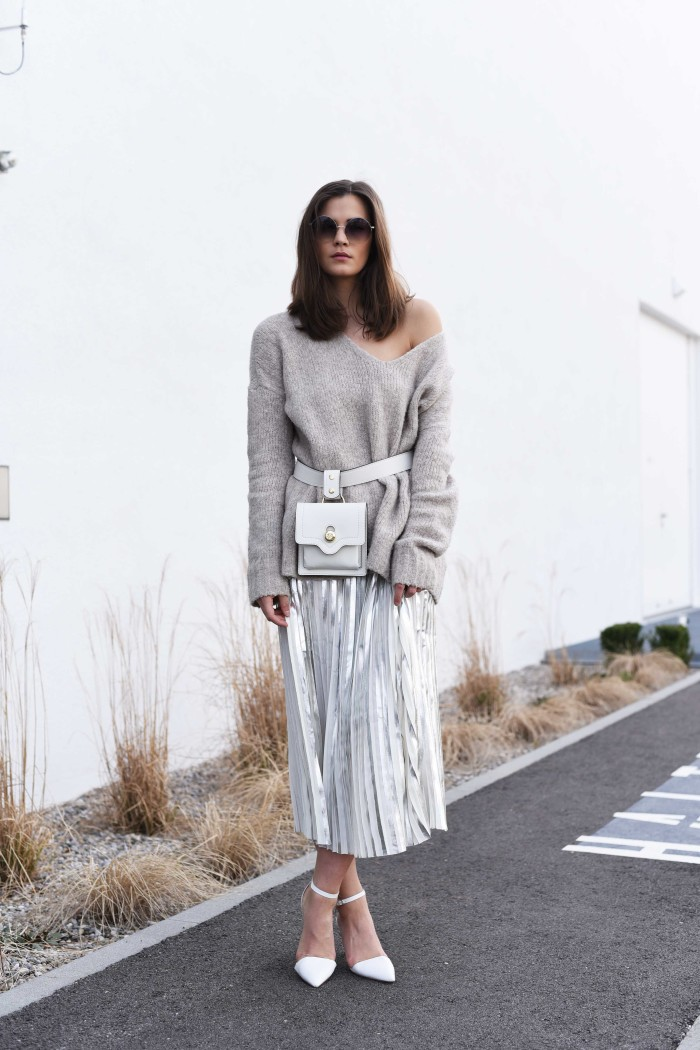 fashiioncarpet-off-shoulder-knit-oversize