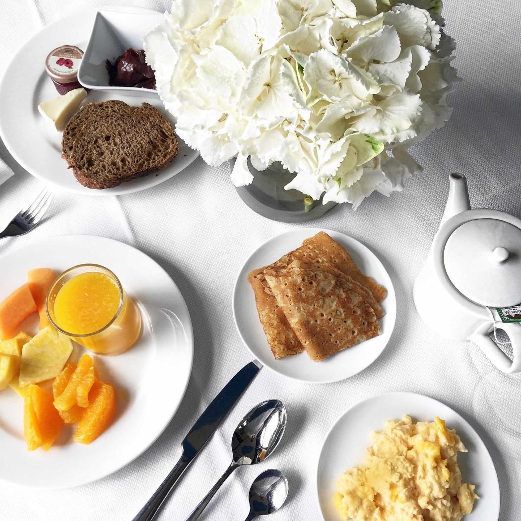 fashiioncarpet-evian-royal-hotel-frühstück