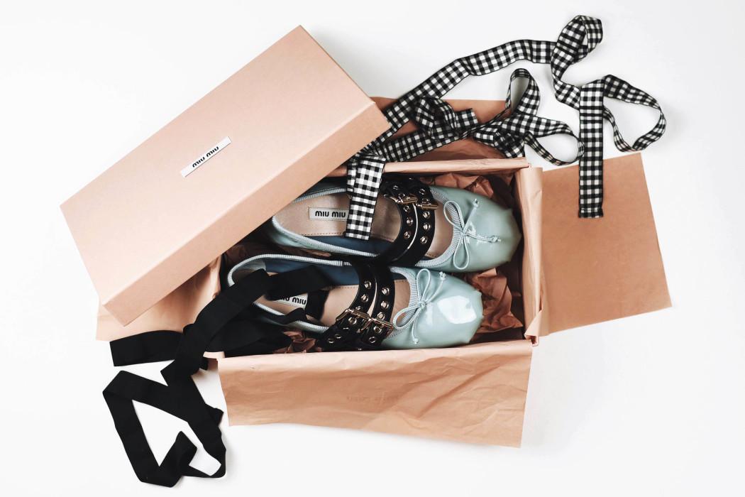 miu-miu-flats-ballerinas-blogger-trend-fashiioncarpet