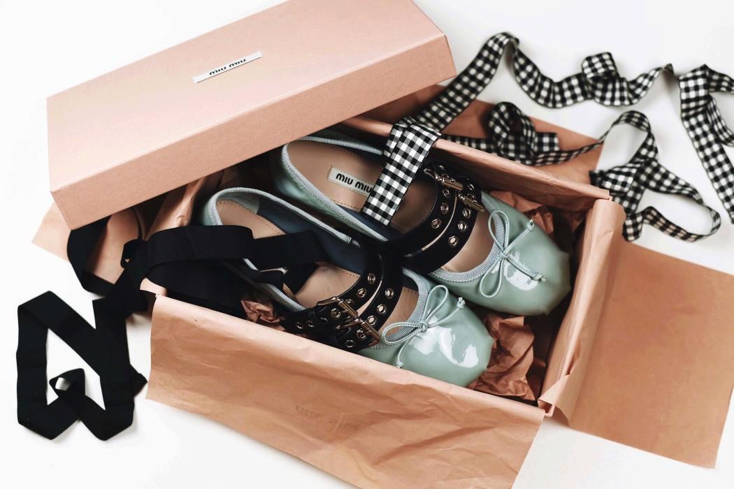 miu-miu-ballerina-flats-straps-fashiioncarpet