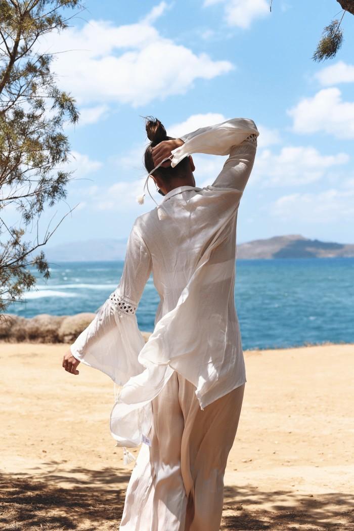 bell-sleeves-blouse-fashiioncarpet-german-fashion-blog-nina-schwichtenberg