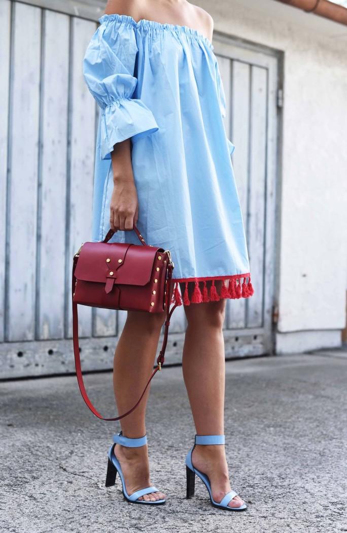 schulterfreies-kleid-kombinieren-sommer-fashiioncarpet