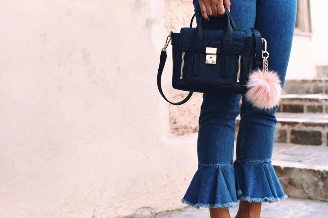 jeanshose-mit-rüschen-saum-blogger-style-asos-nina-schwichtenberg-fashiioncarpet