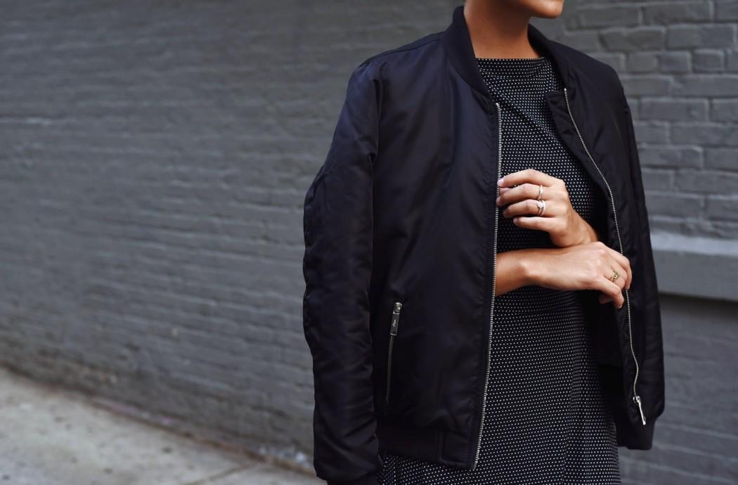 bomberjacke-streetstyle-trend-bomber-jacket-s.oliver-dunkelblau-nina-fashiioncarpet