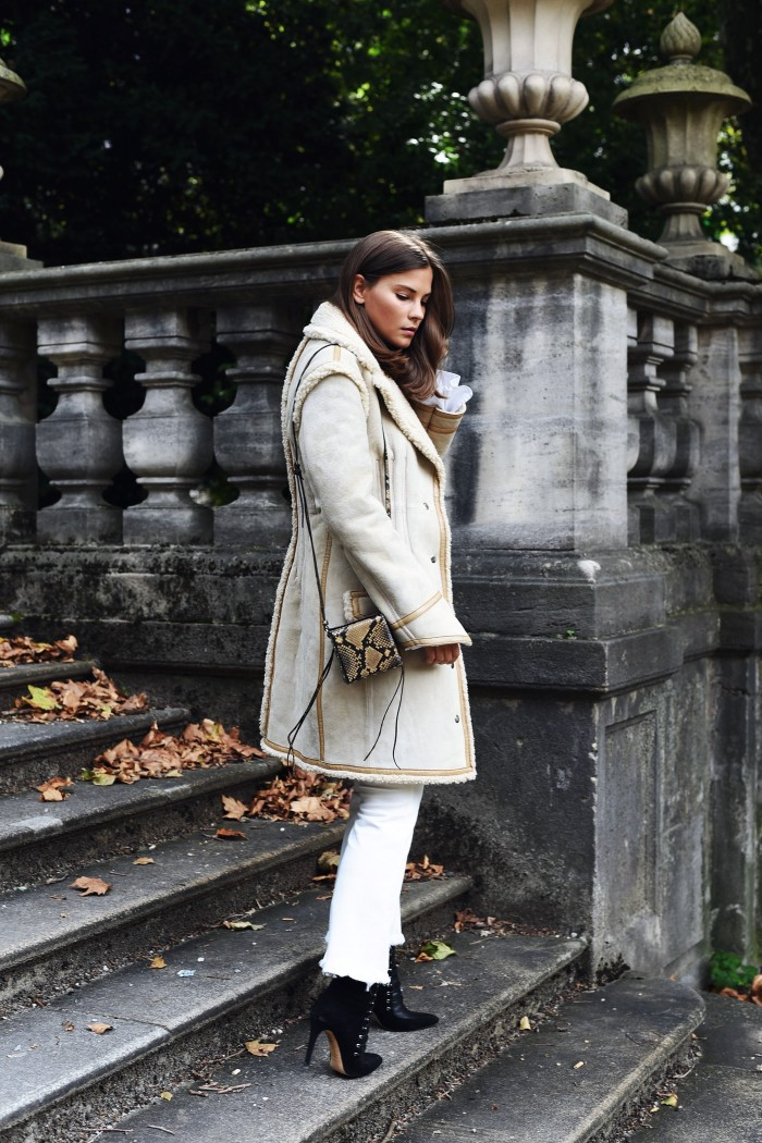 shearling-coat-hm-blogger-streetstyle-nina-schwichtenberg-fashiioncarpet