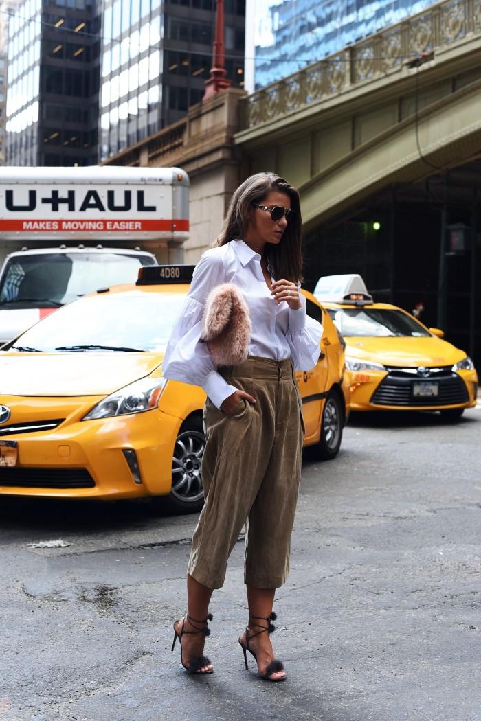 gigi-hadid-tommy-hilifiger-collection-sunglasses-blogger-fashiioncarpet