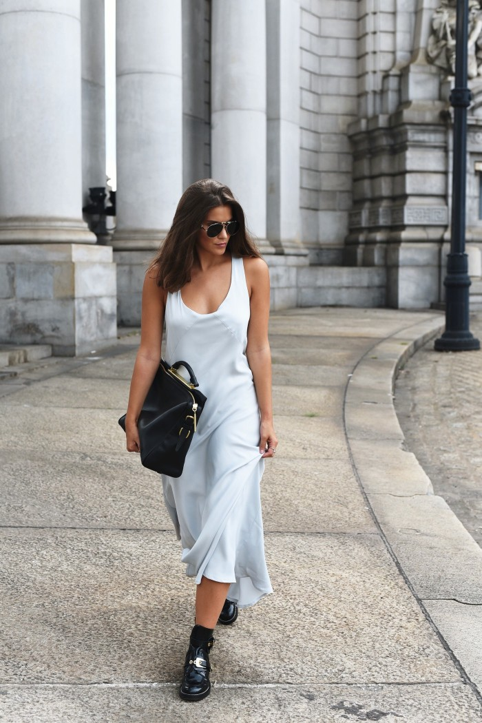 streetstyle-new-york-fashion-week-slip-dress-silk-fashiioncarpet