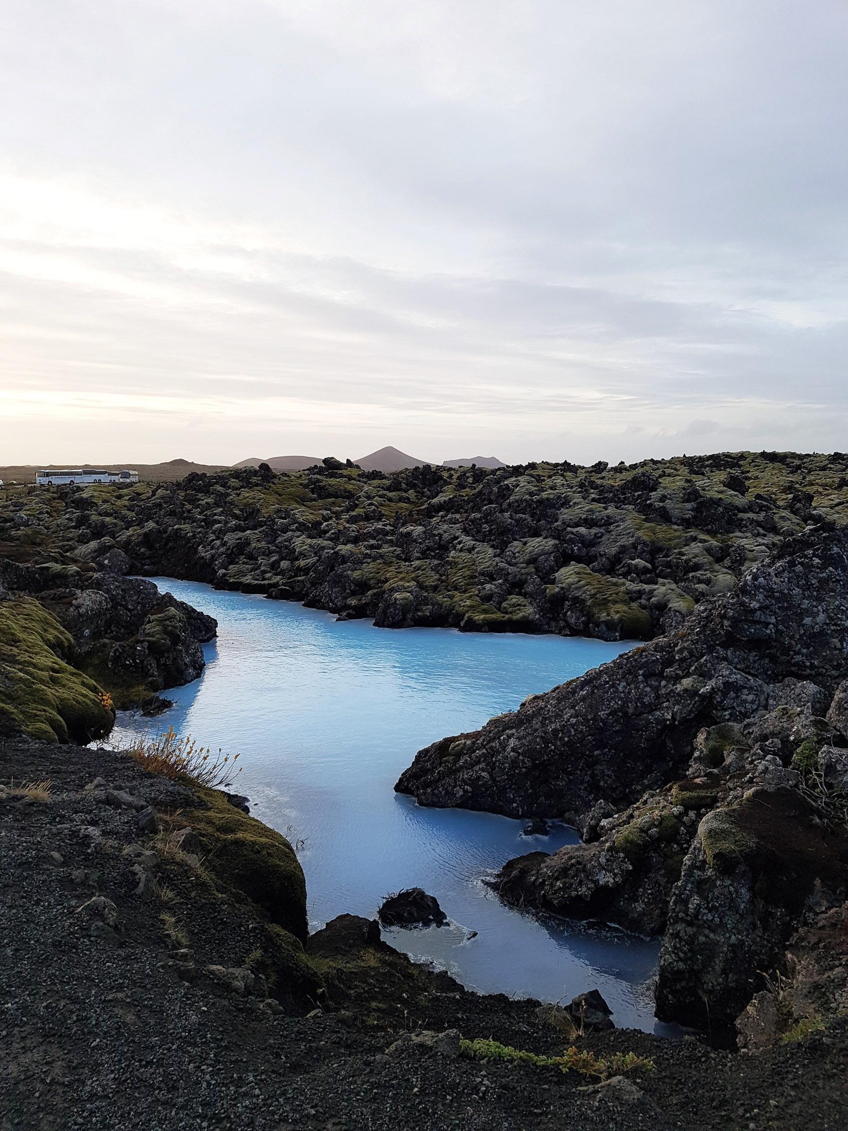 iceland-landscape-photography-blue-lagoon-fashiioncarpet