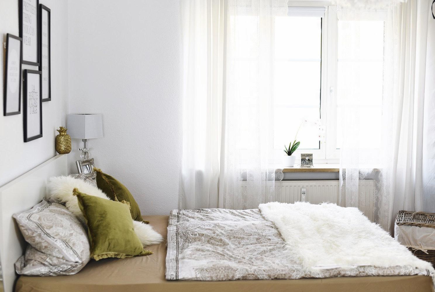 fashiioncarpet-nina-schlafzimmer-einrichtung-deko-tipps-blogger-wohnung-hell-und-freundlich-nina-schwichtenberg