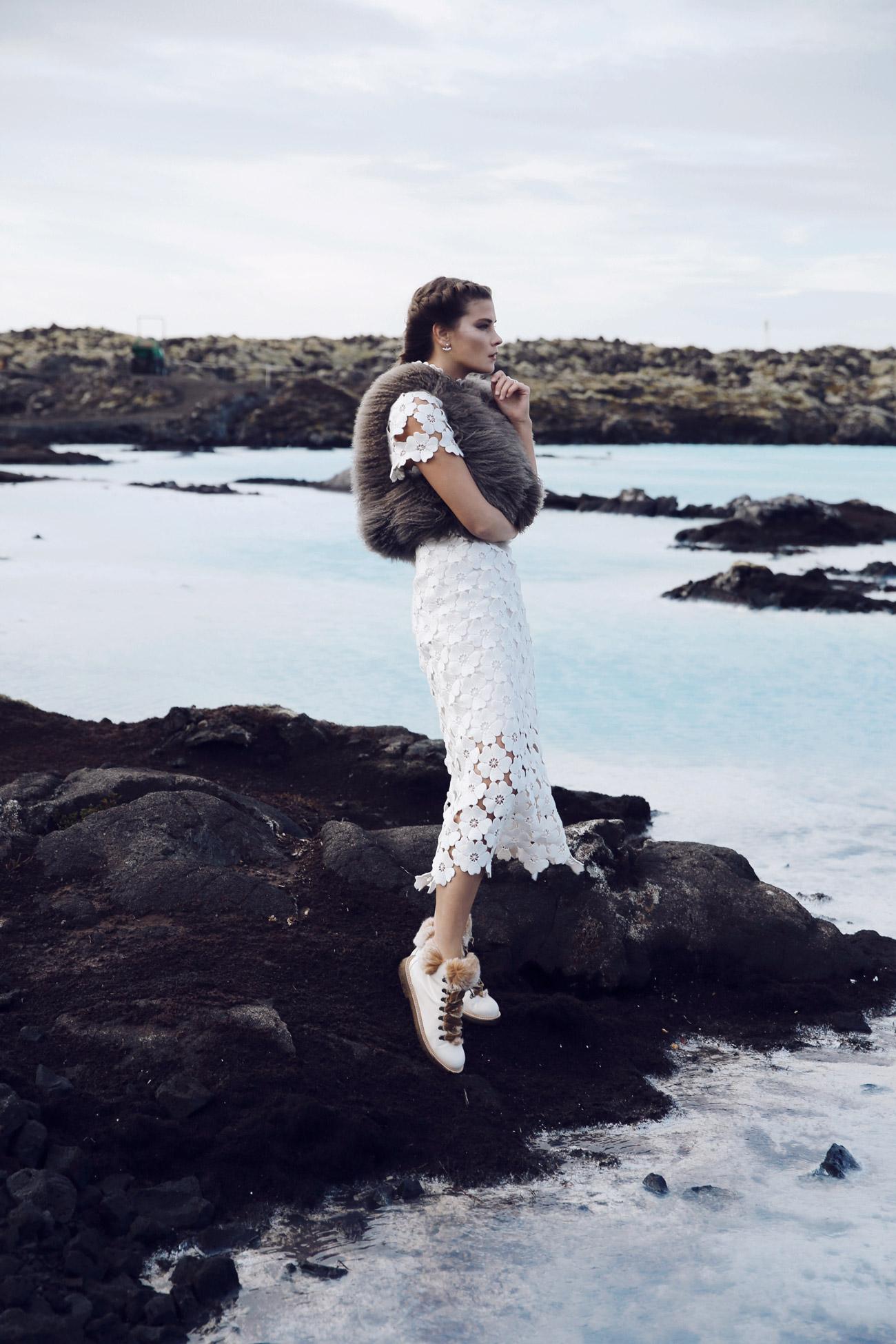 spitzenkleid-kaviar-gauche-hochzeitskleid-fashiioncarpet