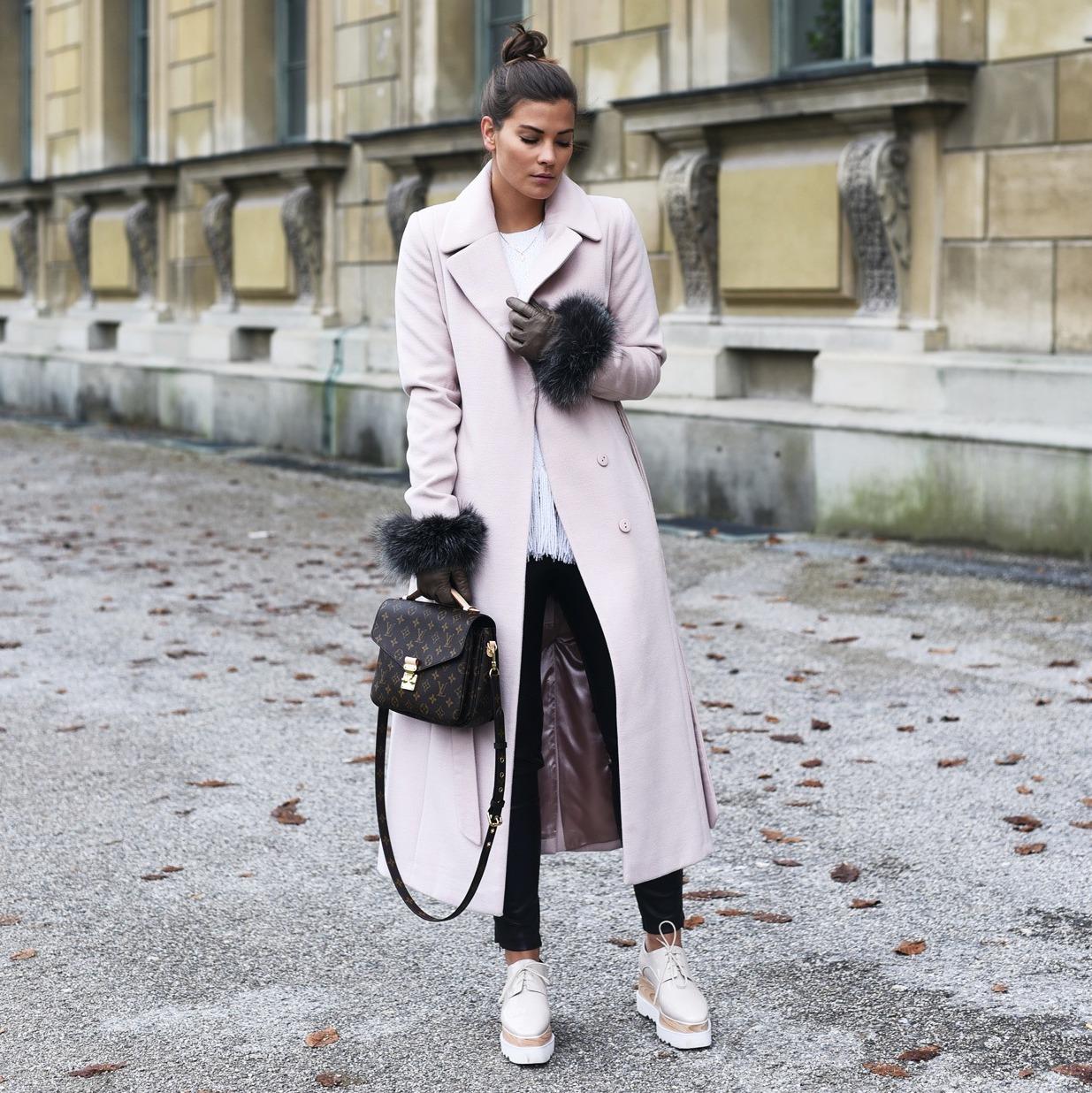 nina-schwichtenberg-vollzeit-bloggerin-deutschland-muenchen-fashion-blog-fashiioncarpet