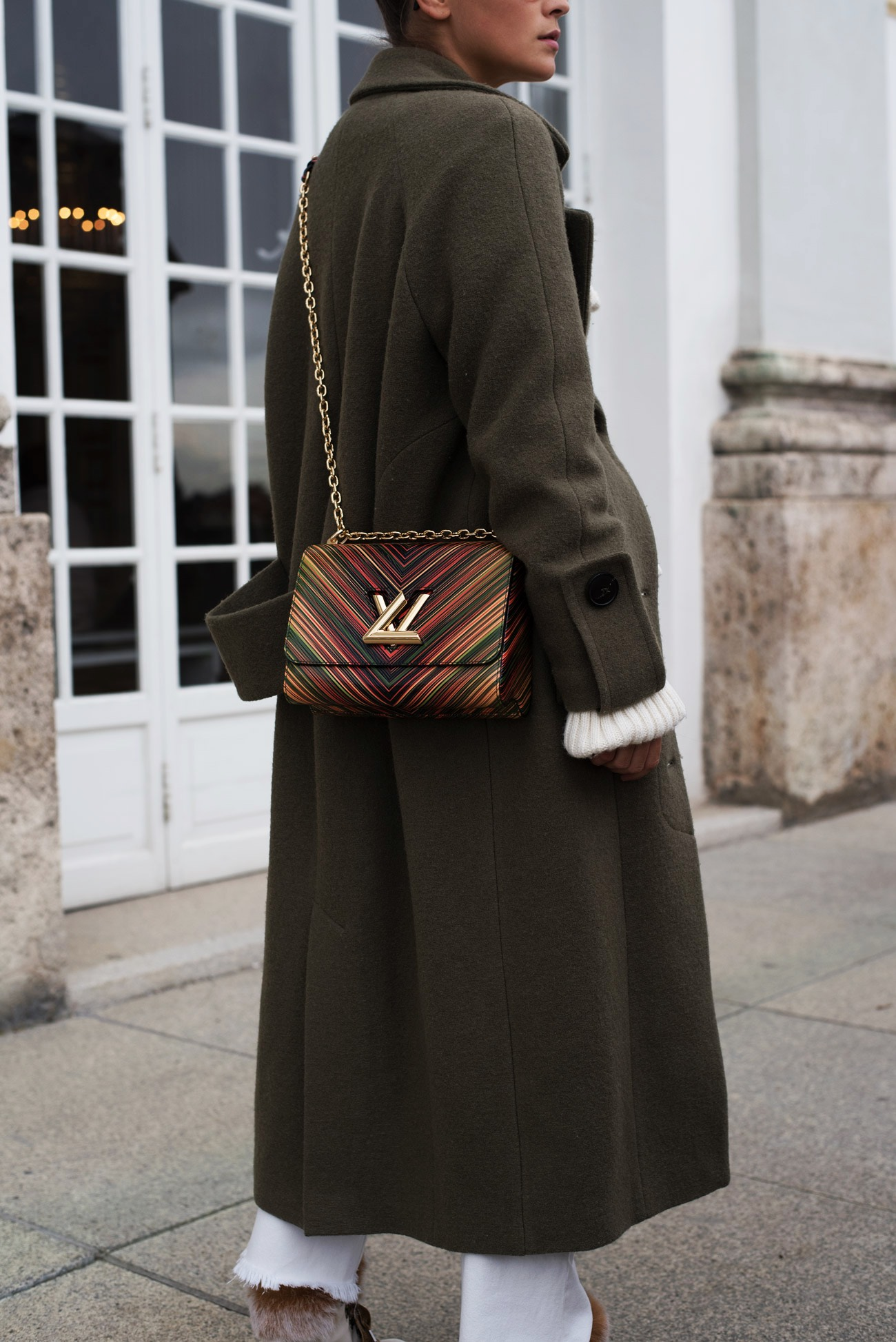 louis-vuitton-twist-mm-m5-1575-epi-leder-cuise-collection-2016-blogger-streetstyle-fashiioncarpet