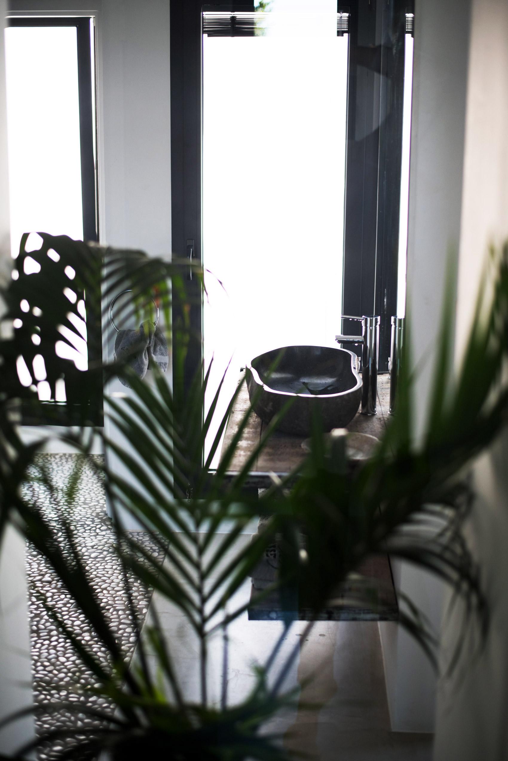 ferienhaeuser-villas-auf-ibiza-mieten-fashiioncarpet