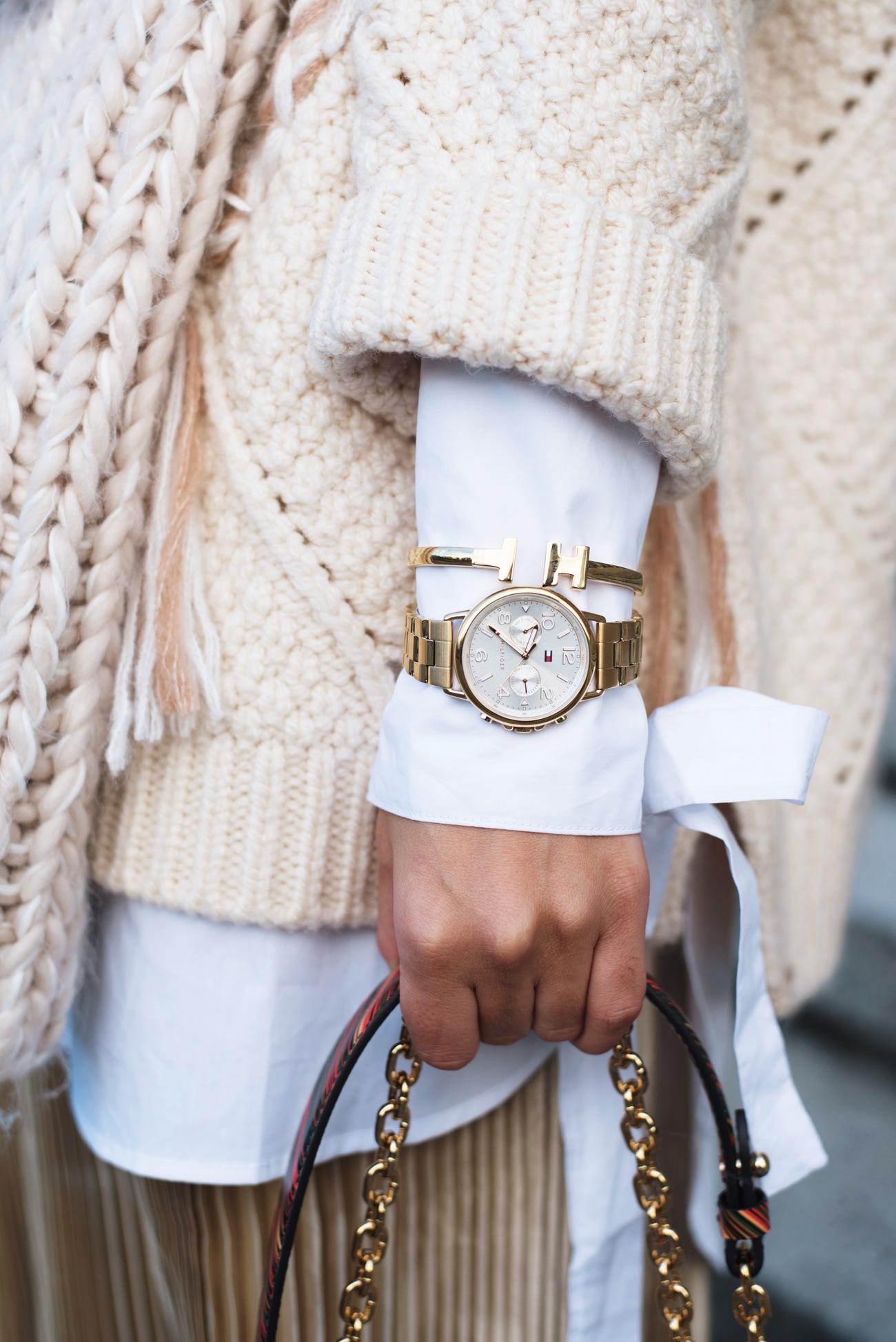 tommy-hilfiger-armband-gold-t-symbol-fashiioncarpet