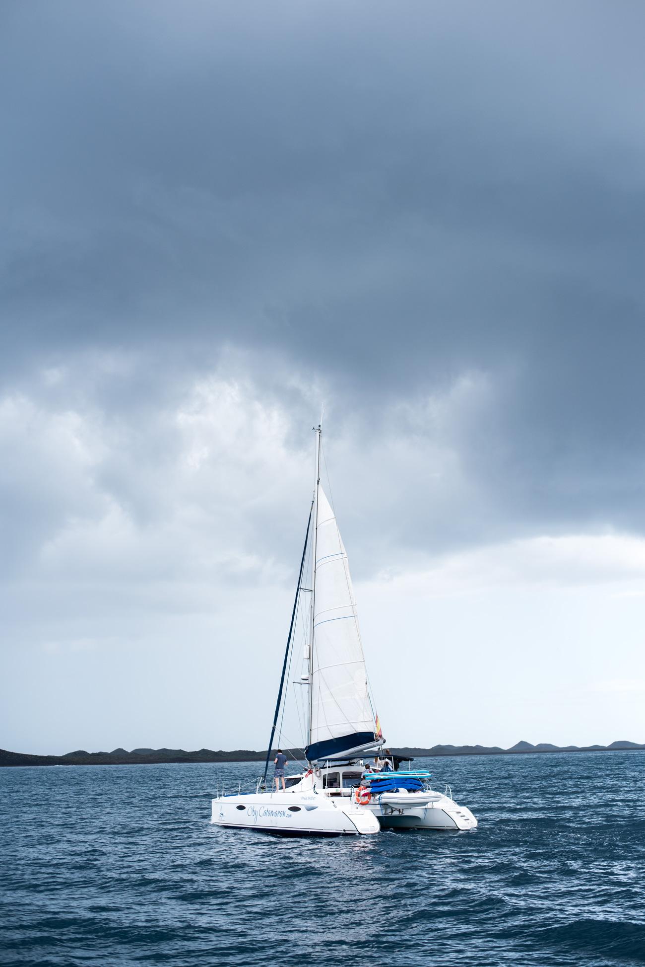katamaran-segeln-auf-fuerteventura-blogger-reise-mit-fa-fashiioncarpet