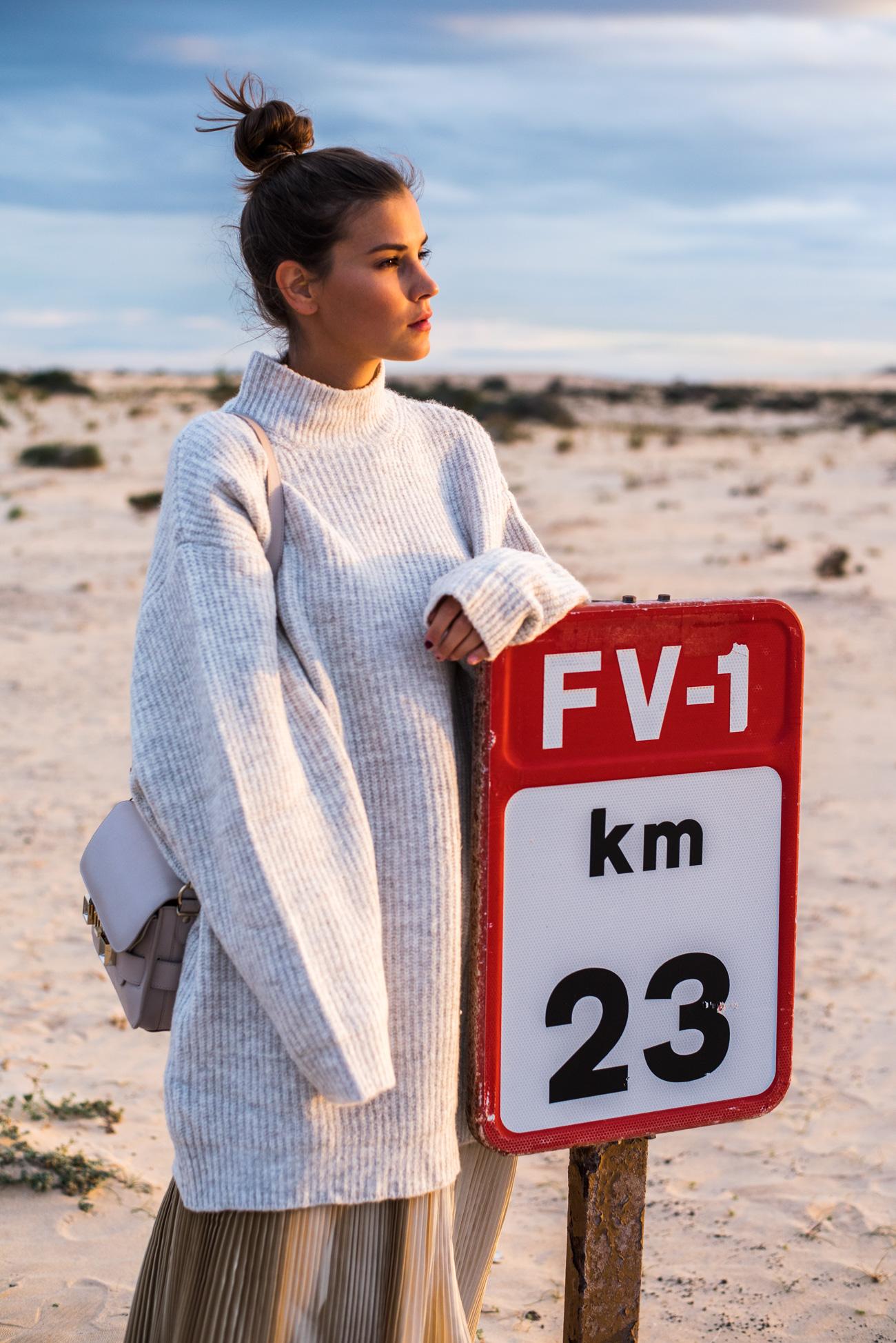 blogger-shooting-in-der-wueste-fuerteventura-fashiioncarpet