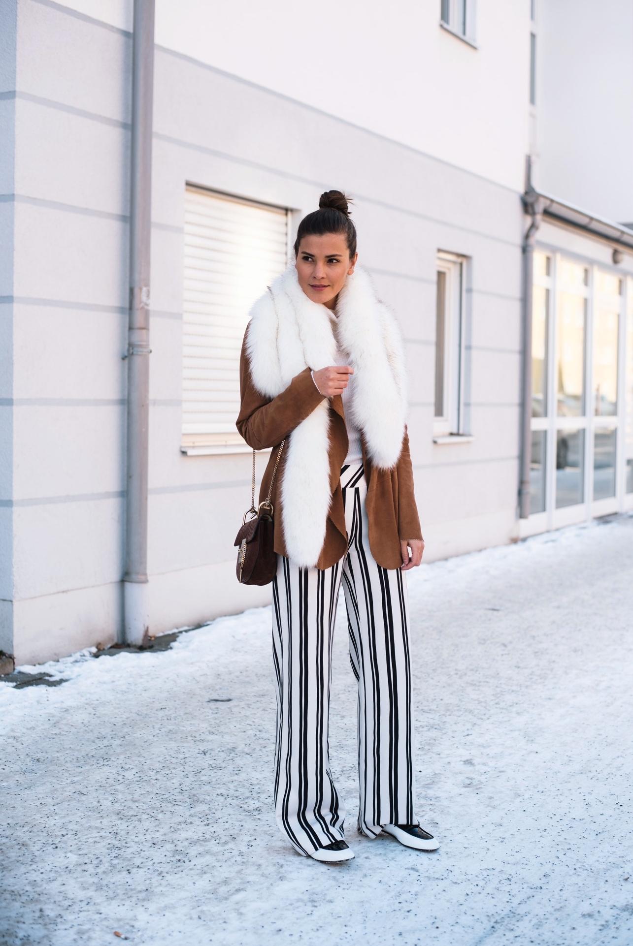 blogger-mit-minimalistischem-kleidungs-stil-nina-schwichtenberg-fashiioncarpet