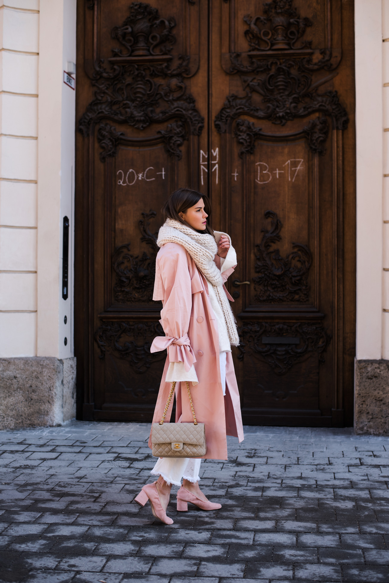 pastellfarbene-blogger-outfits-streetstyle-nina-schwichtenberg-fashiioncarpet