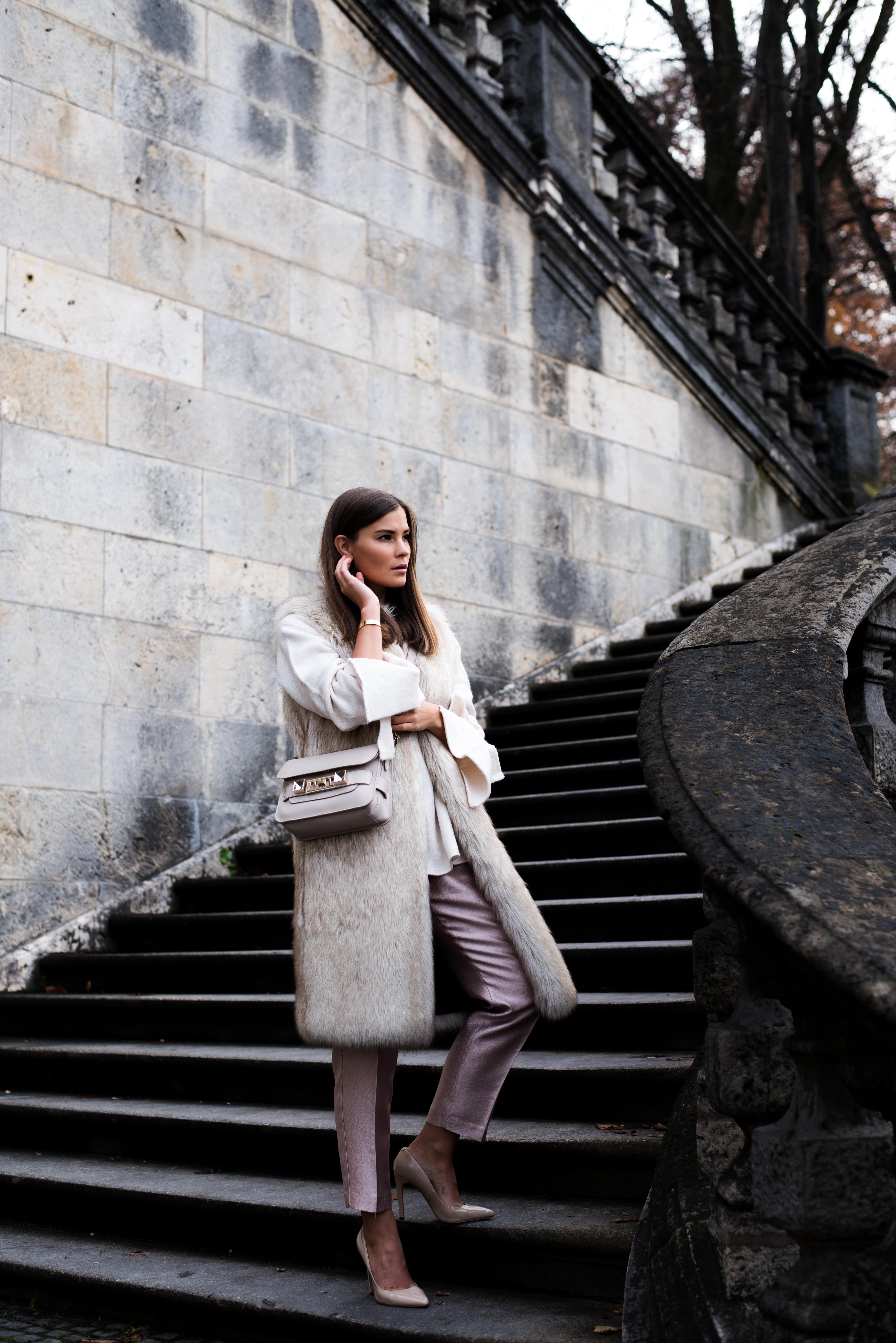 die-10-besten-fashionblogs-und-reiseblogs-deutschlands-nina-schwichtenberg-fashiioncarpet
