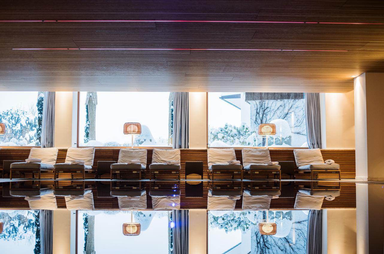 restaurant-bereich-hotel-allgäu-sonne-reise-bloggerin-fashiioncarpet