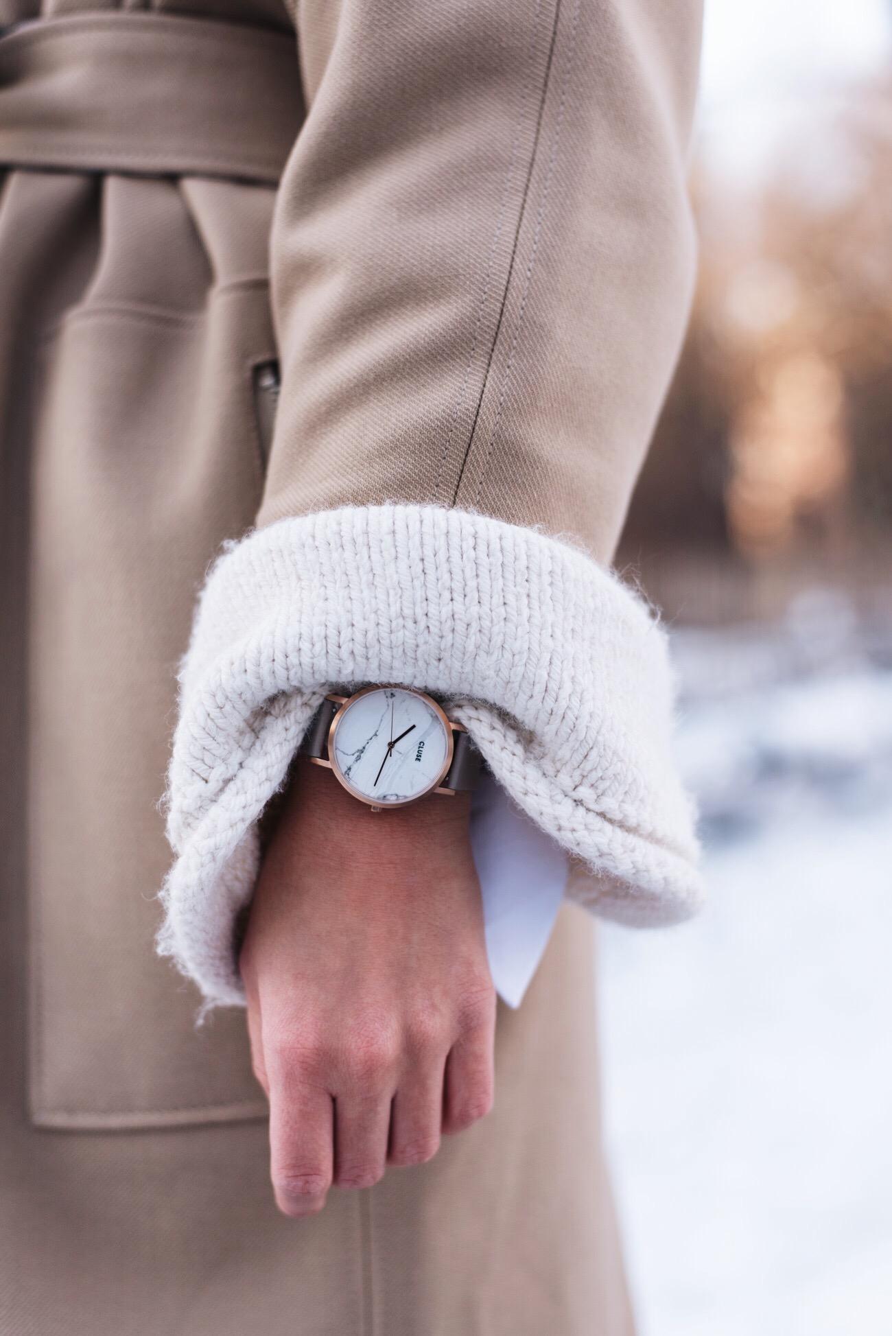 pullover-mit-glockenärmeln-zara-strickpullover-beige-fashiioncarpet