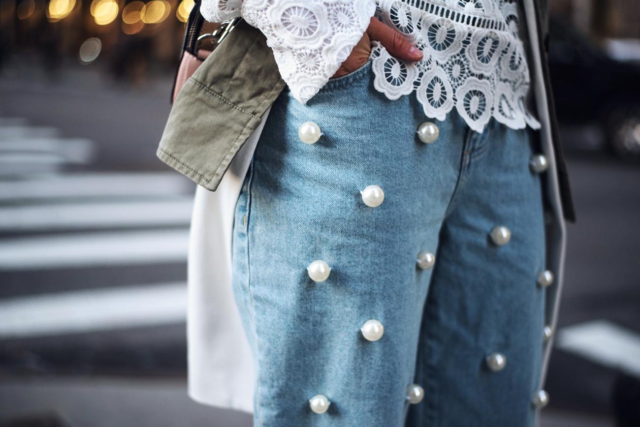 jeans-mit-perlen-bestickt-asos-hellblau-streetstyle-nina-fashiioncarpet