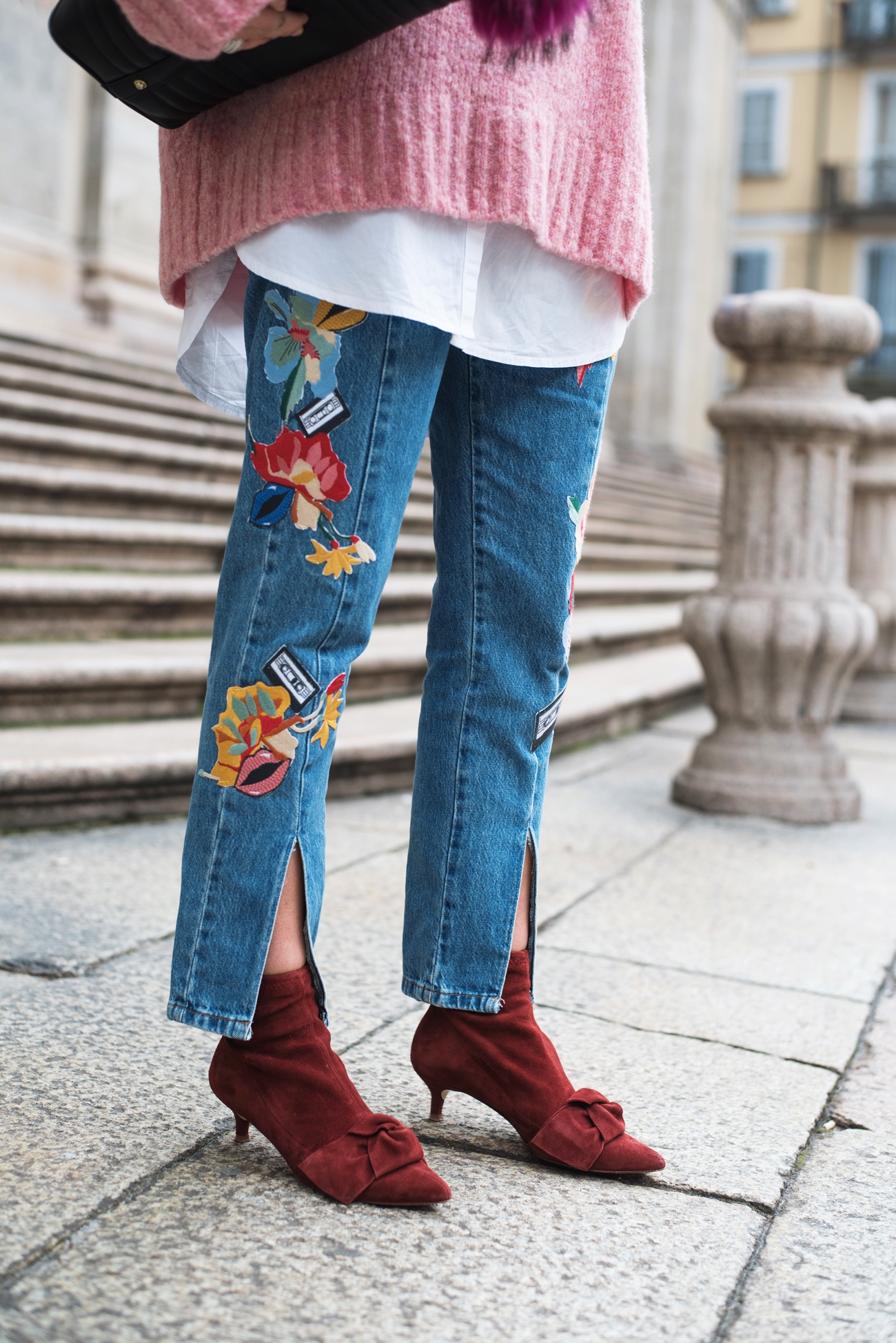 jeans-mit-patches-flicken-denim-with-patches-stickers-zara-streetstyle-blogger-fashiioncarpet