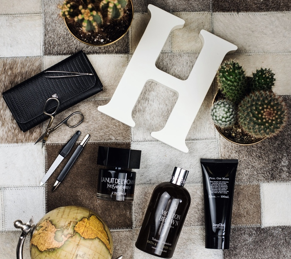 beauty-flatlay-blogger-kosmetik-produkte-fashiioncarpet