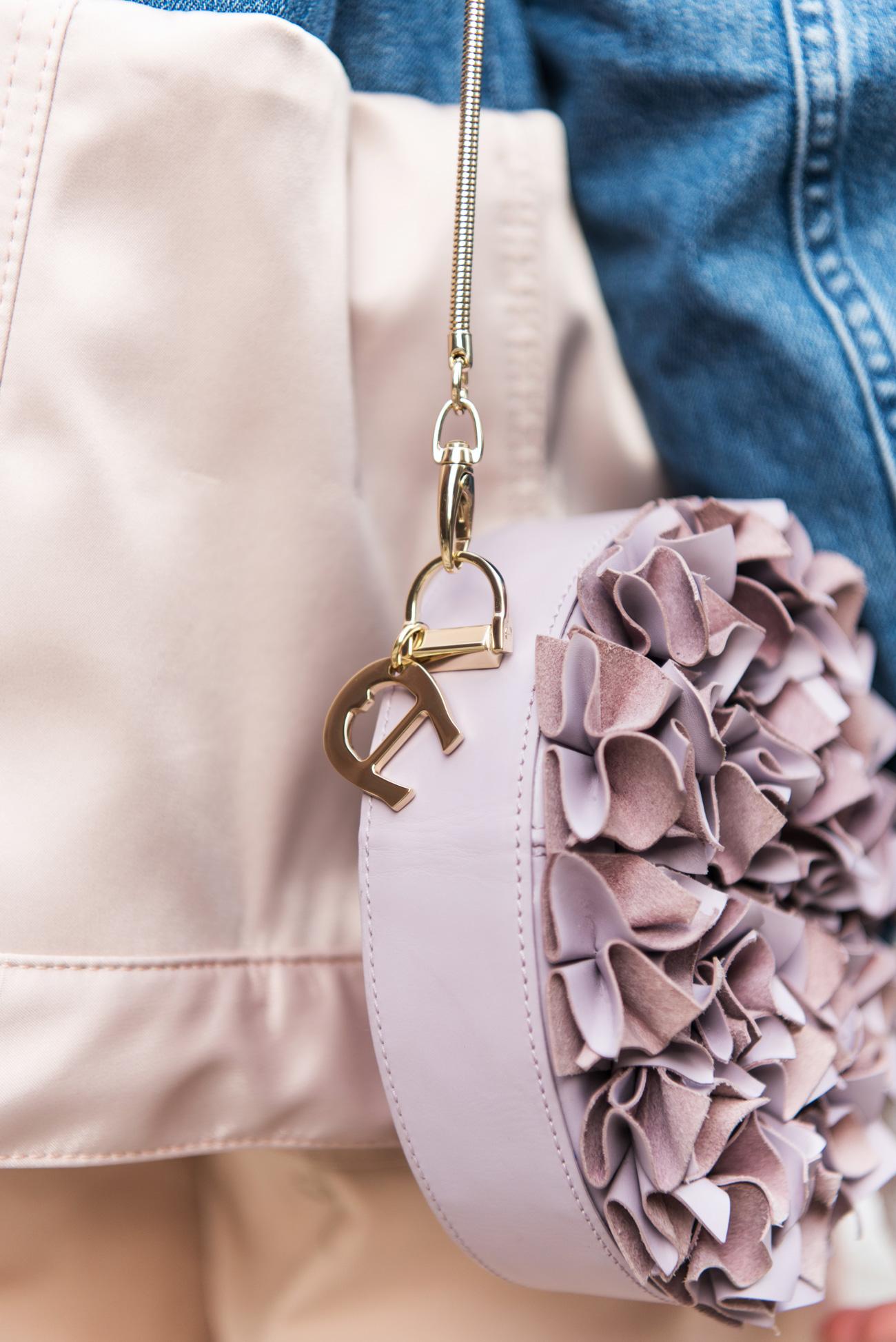 aigner-blumentasche-leder-rosa-nina-fashiioncarpet