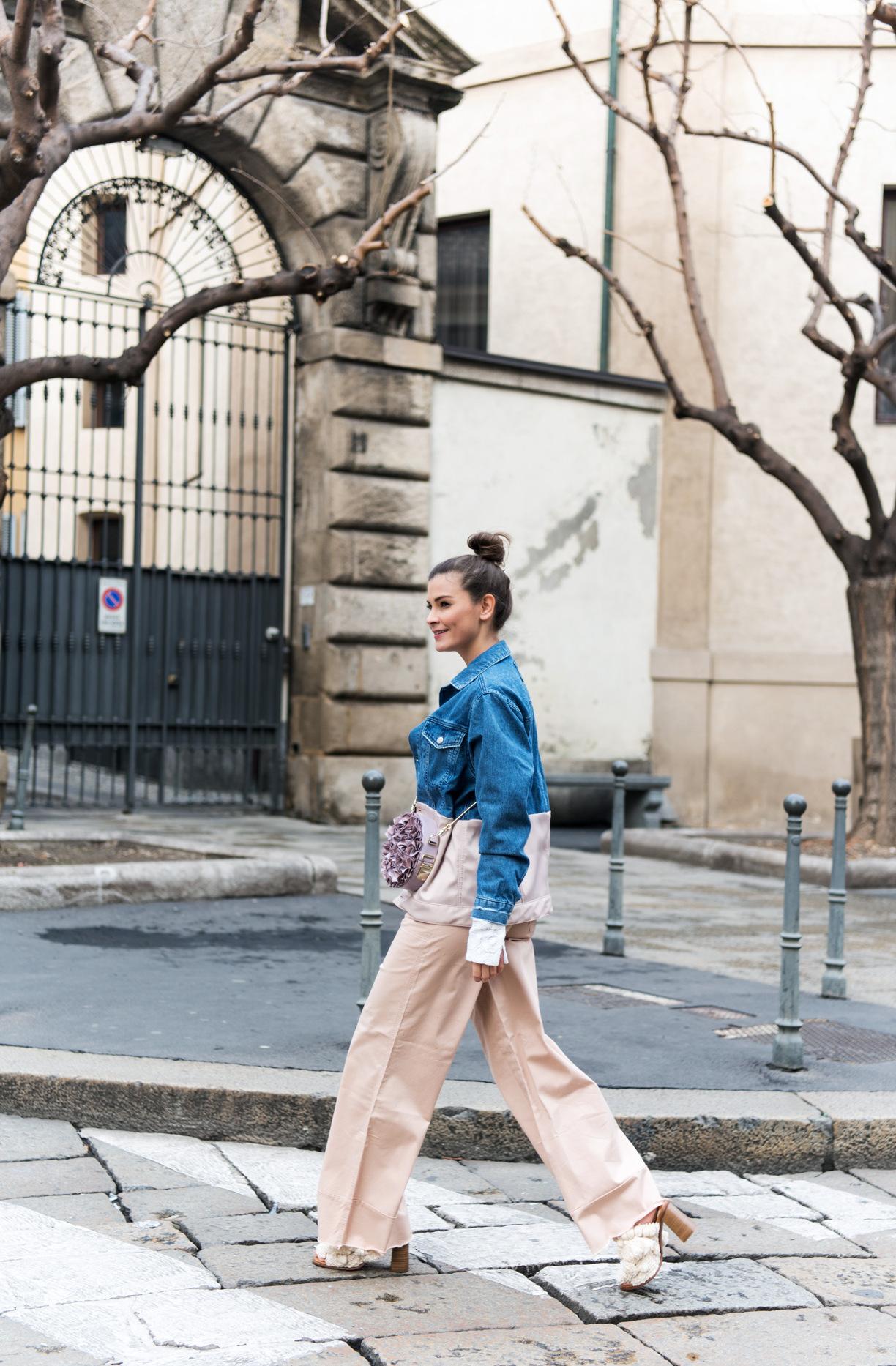asos-Skater-Hose-mit-lockerem-Beinschnitt-und-Umschlag-rosa-weite-hose-fashiioncarpet