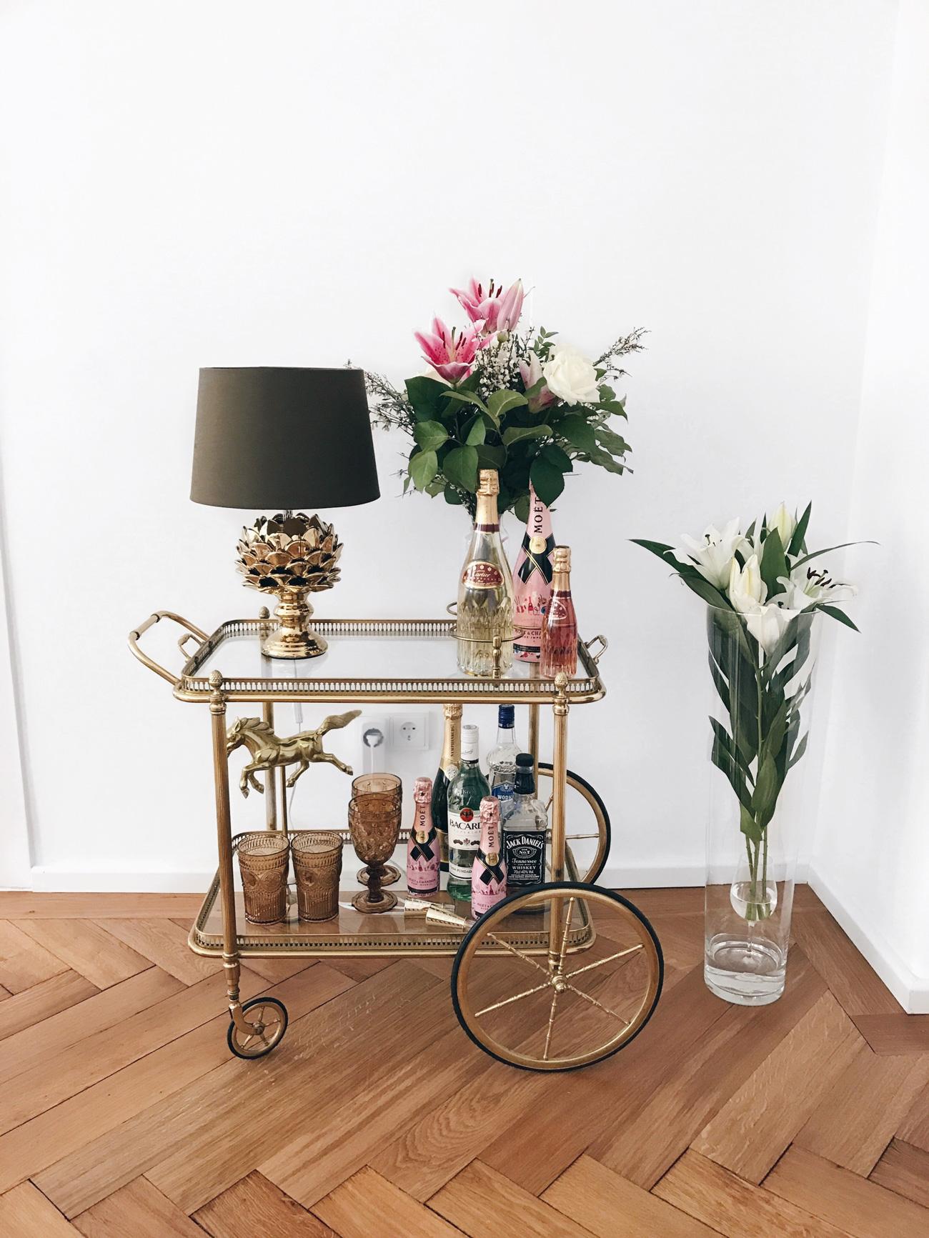 blogger-wohnung-nina-schwichtenberg-apartment-altbau-perle-altbau-juwel-münchen-fashiioncarpet