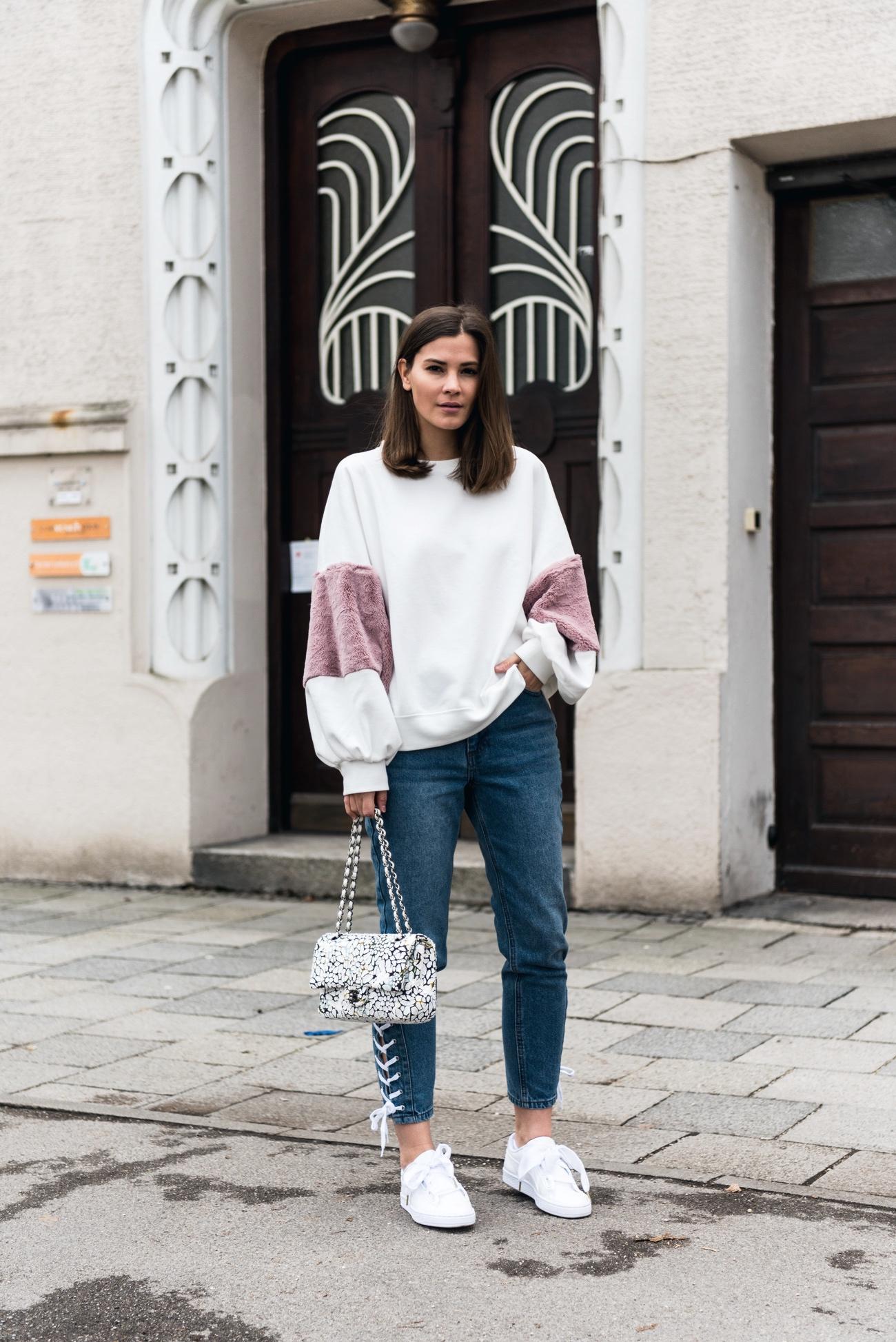 sweatshirt-trend-zara-mit-fell-ärmeln-blogger-style-nina-schwichtenberg-fashiioncarpet