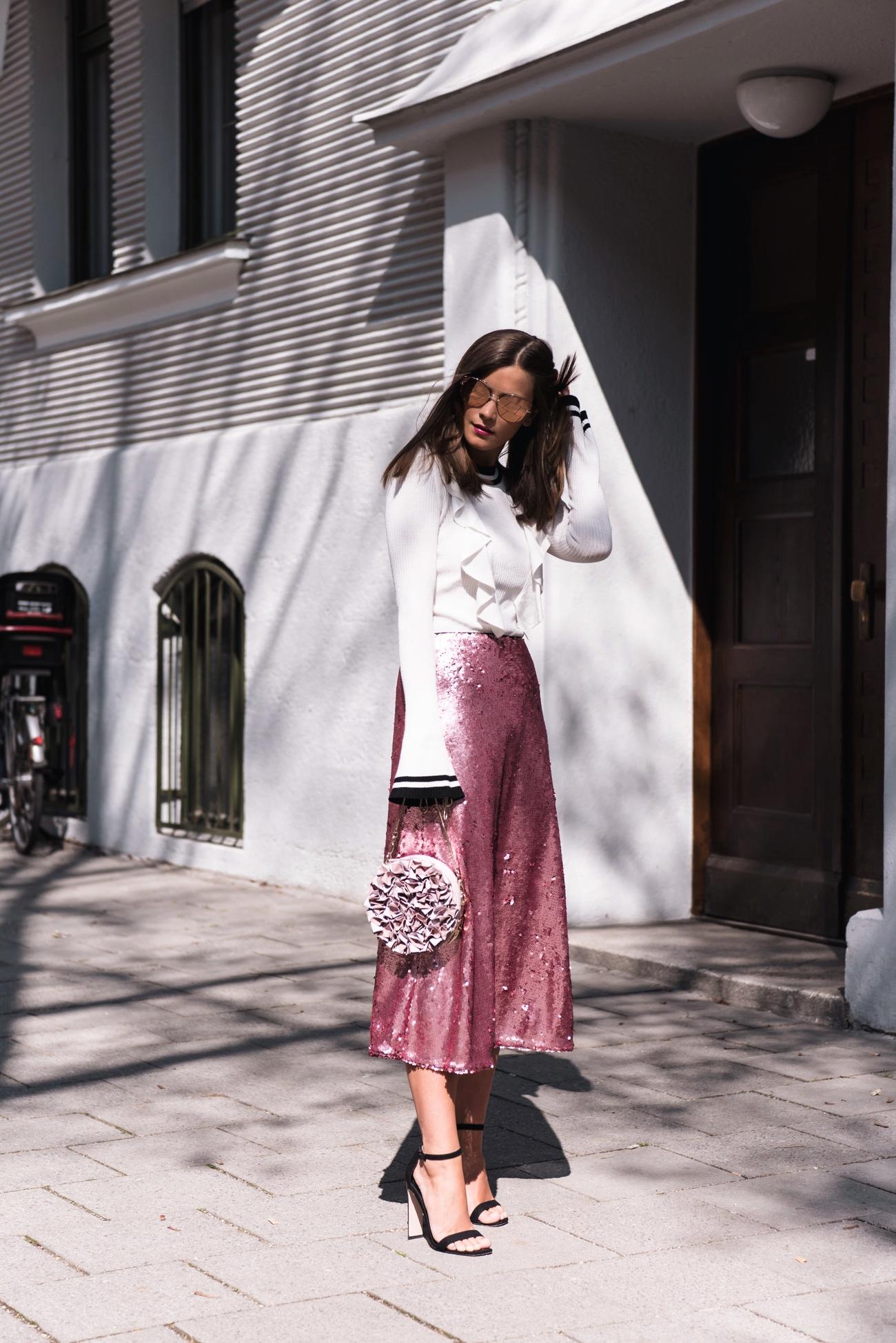 pinker-pailletten-rock-h-und-m-sequin-skirt-streetstyle-fashiioncarpet
