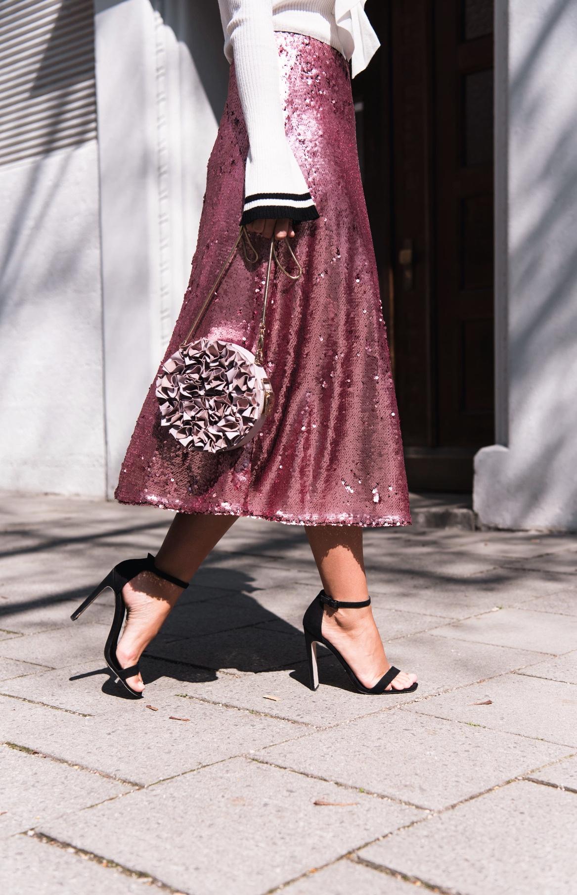 pailletten-rock-rosa-pink-aigner-TONDA-FIROE-EVENING-BAG-XS-zara-pommel-sandalen-fashiioncarpet