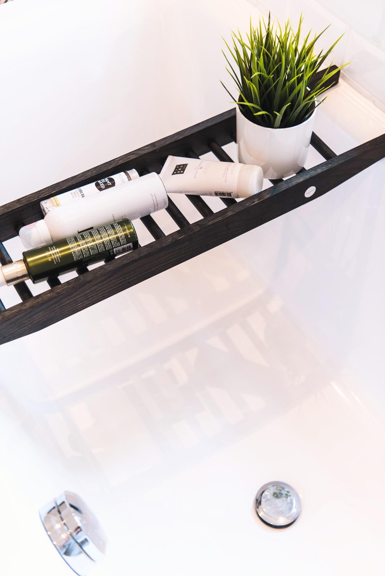 details-badezimmer-nina-fashiioncarpet-modeblog-münchen-deutschland-fashionblog-germany-interiorblogger-fashiioncarpet