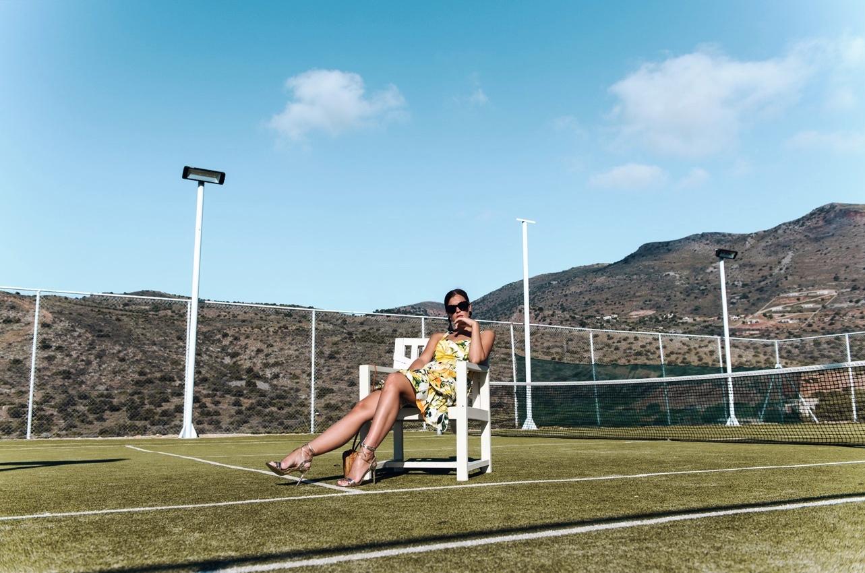 Kleid-mit-zitronen-druck-H&M-sommer-kollektion-2017-dolce-gabbanna-fashiioncarpet