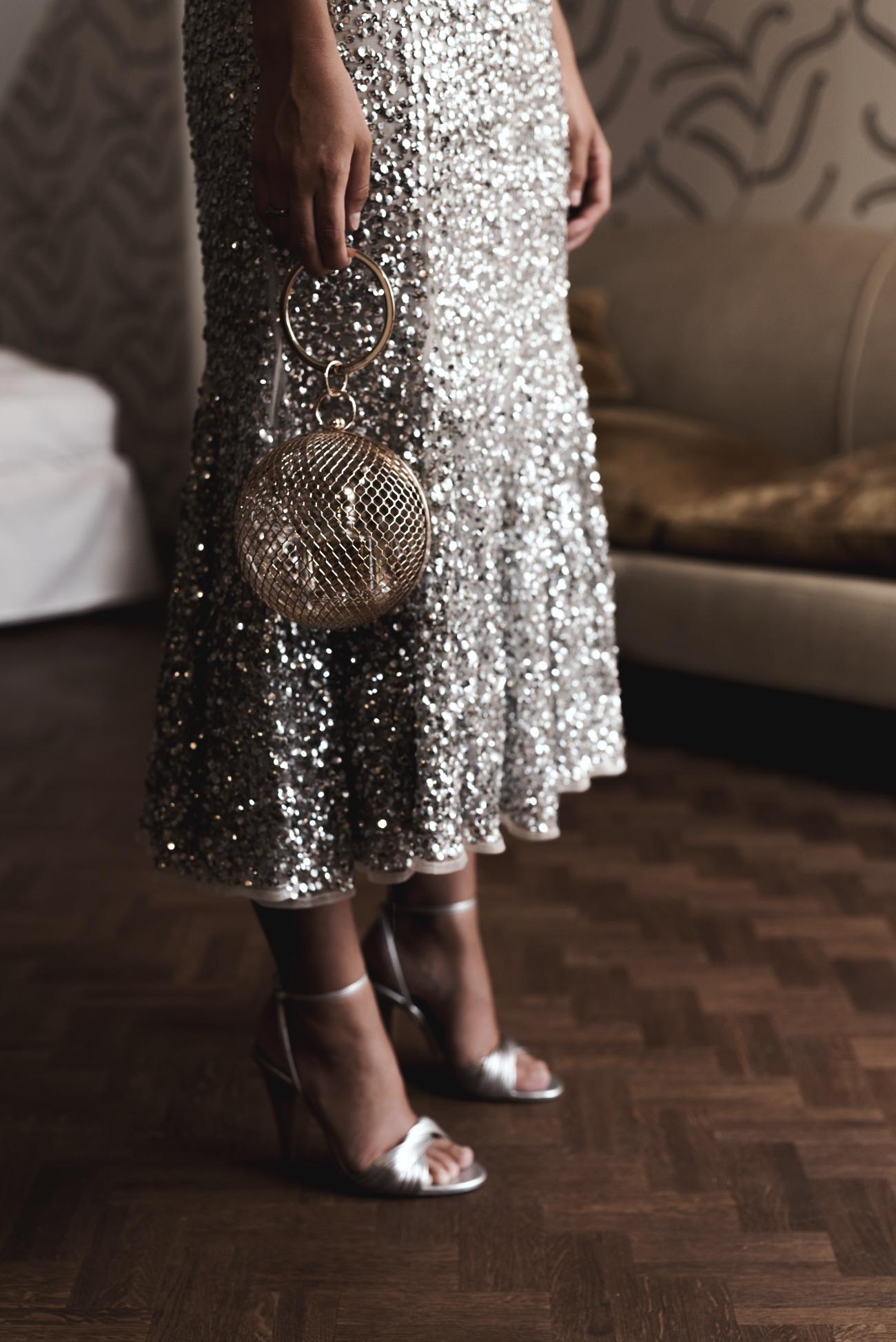 ASOS-Cage-Sphere-Clutch-gold-kugel-tasche-fashiioncarpet