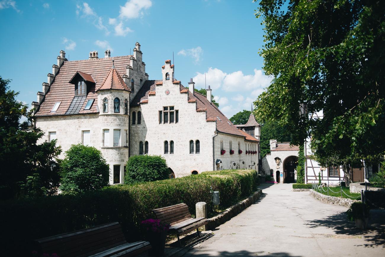 schloss-lichtenstein-umbau-turm-restaurierung-fashiioncarpet
