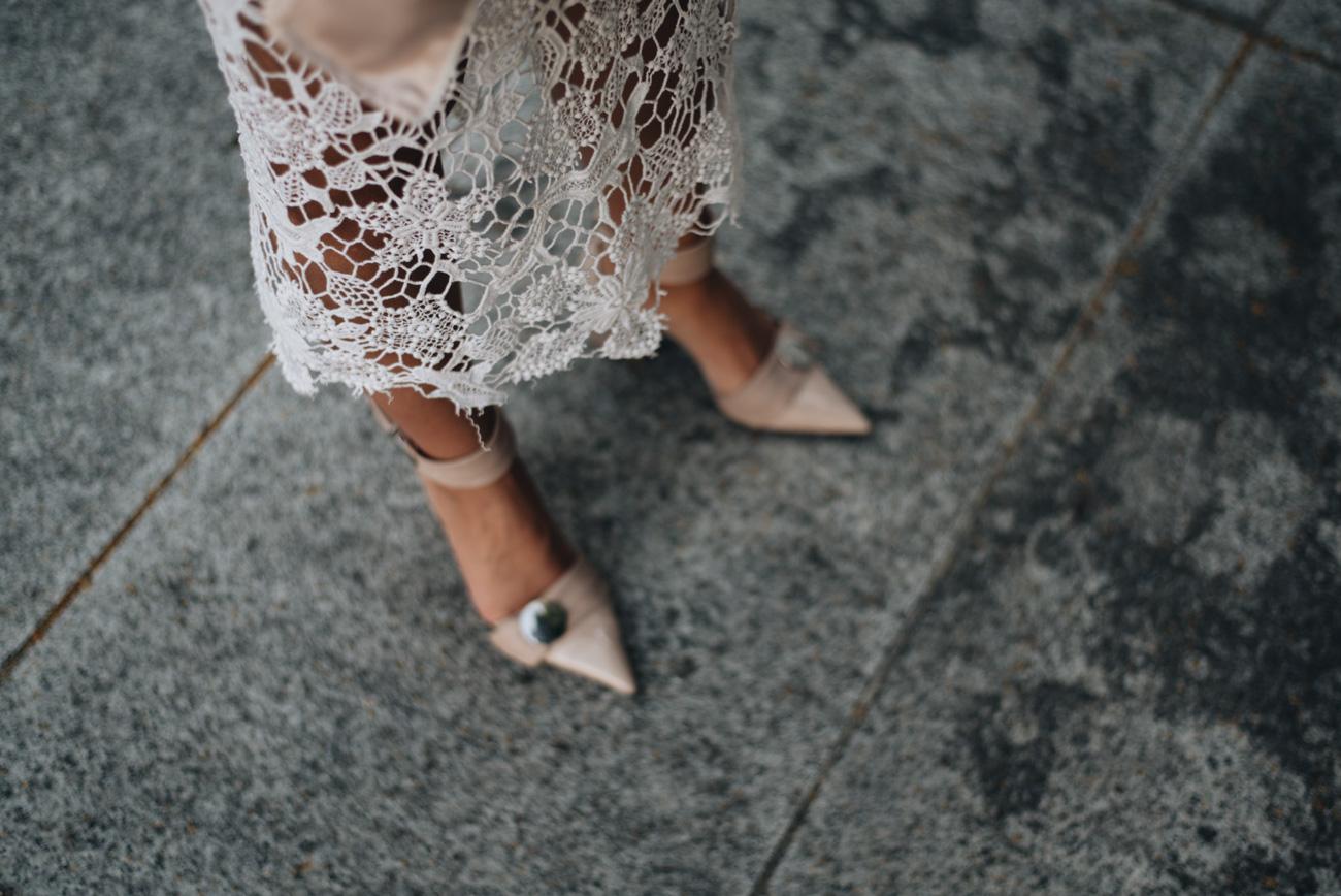 weißer-spitzenrock-sommer-look-lace-skirt-fashiioncarpet