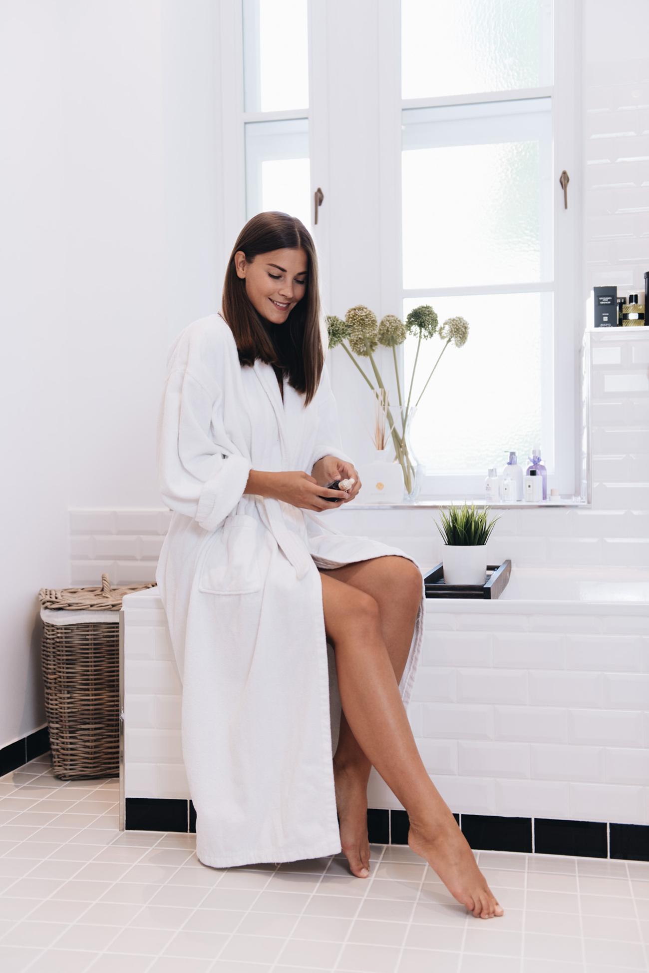 beauyt-blogger-deutschland-münchen-beauty-shooting-badezimmer-fashiioncarpet