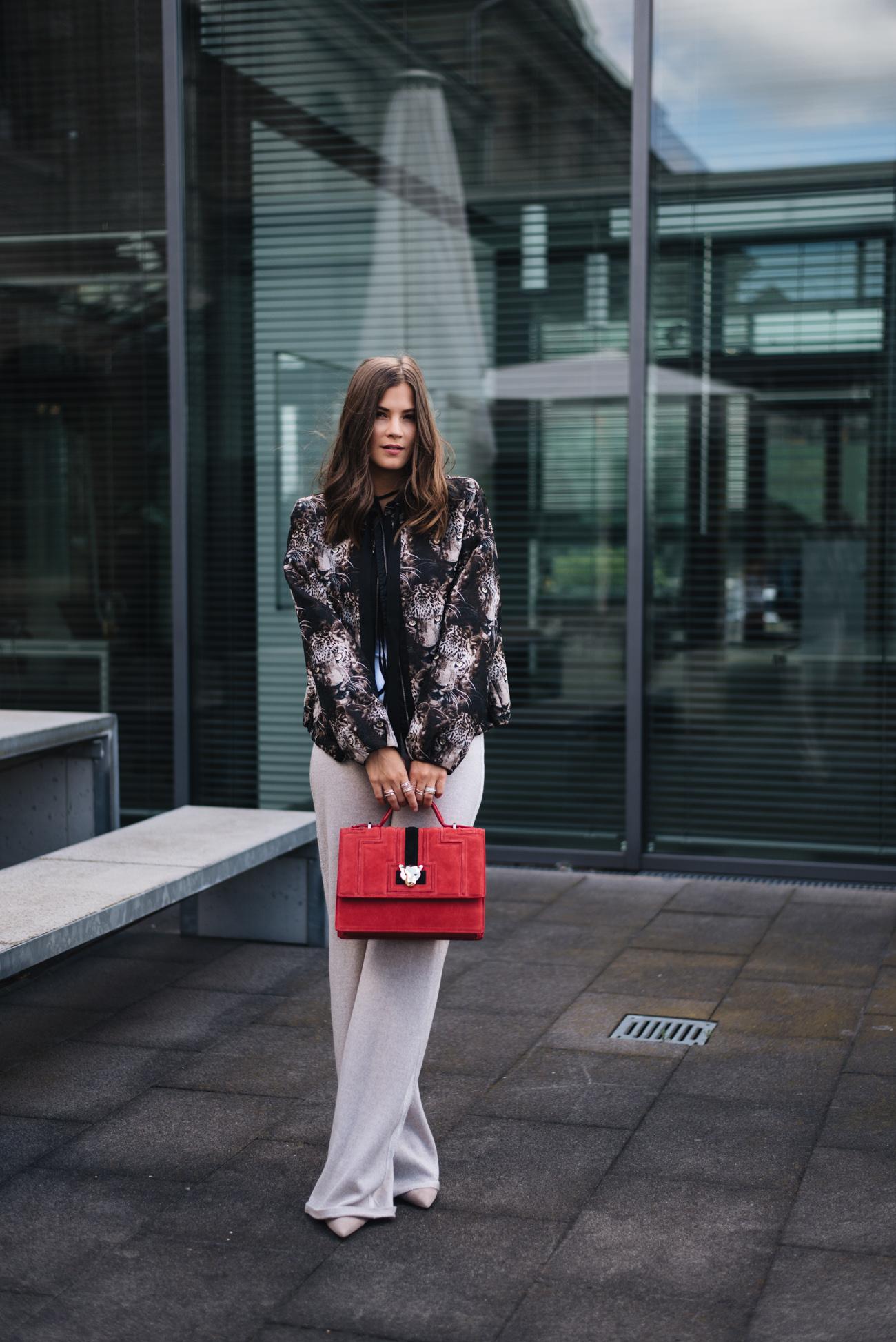 die-10-besten-fashion-blogs-deutschlands-mode-influencer-fashion-germany-fashiioncarpet-nina-schwichtenberg