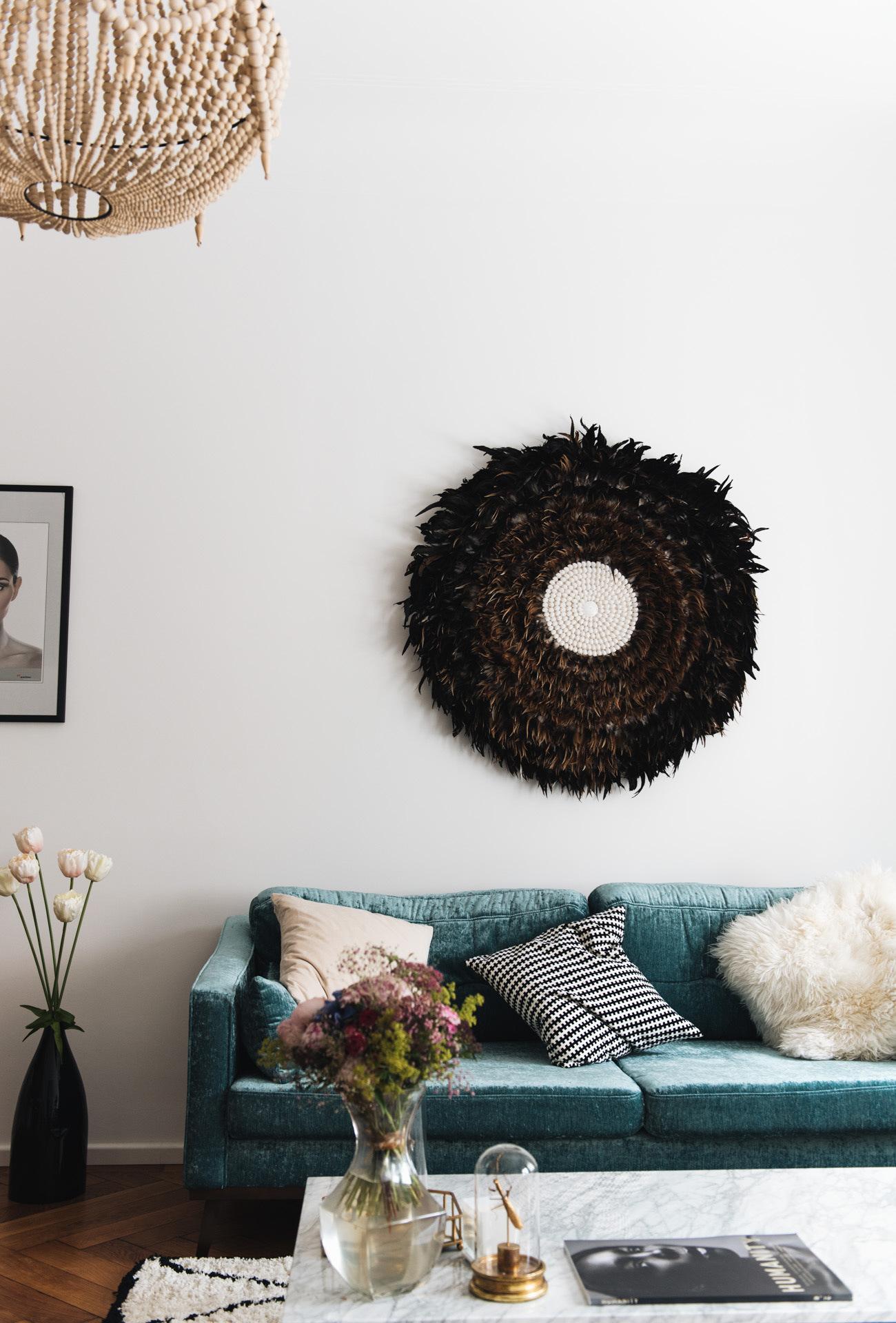 samt-sofa-couch-blau-westwing-interior-nina-schwichtenberg-fashiioncarpet