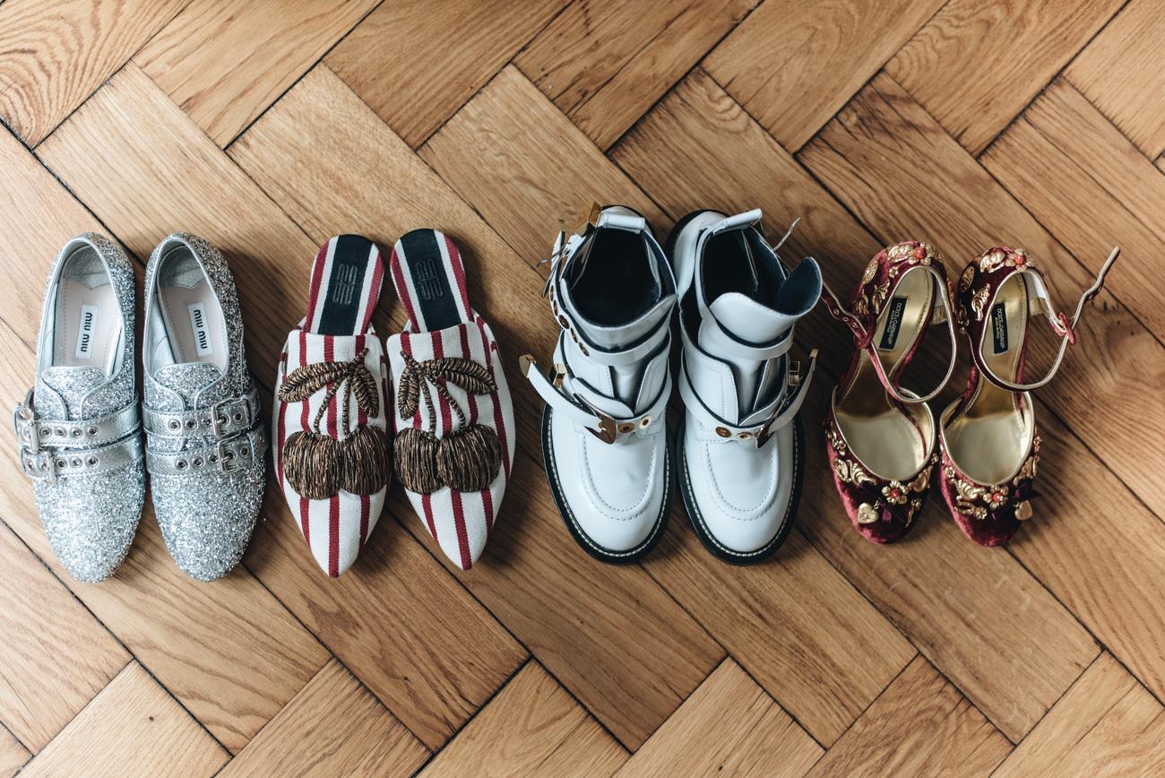 dolce-&-Gabbana-samt-high-heels-mit-goldenen-applikationen-velvet-heels-fashiioncarpet