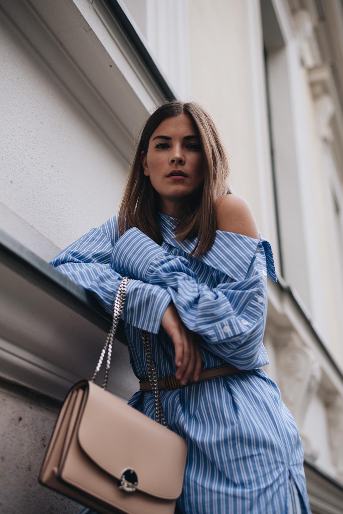 one-shoulder-bluse-blouse-streifen-bluse-nina-schwichtenberg-haare-fashiioncarpet