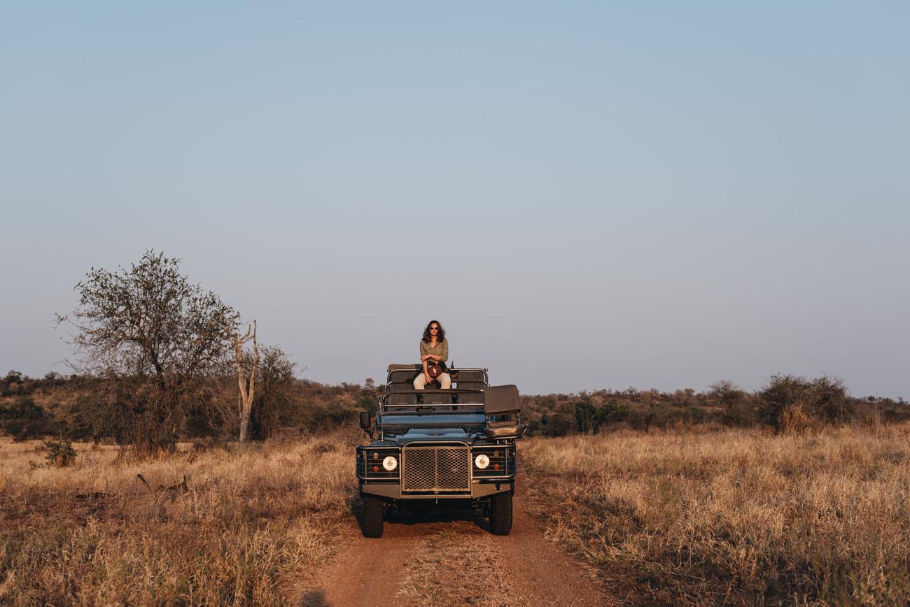 Reise-und- Erfahrungsbericht-Sinigta-Lodges-Krüger-Nationalpark-Reisebloggerin-Nina-Schwichtenberg-fashiioncarpet-Safari-Pauschalreise-tipps-und-tricks-für-kleidung-aussattung